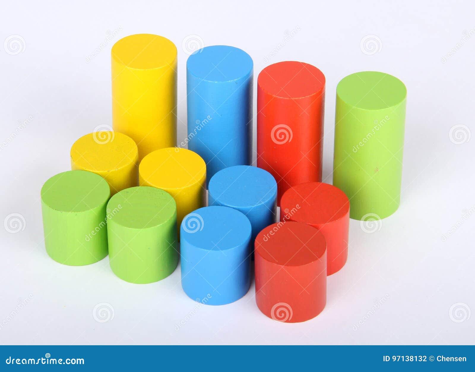Leksakkvarter, flerfärgade träbyggnadstegelstenar,