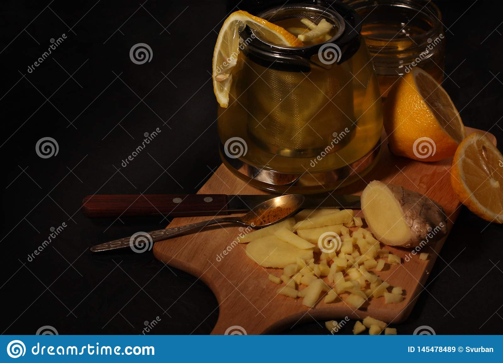 Lemon Ginger Tea with Honey