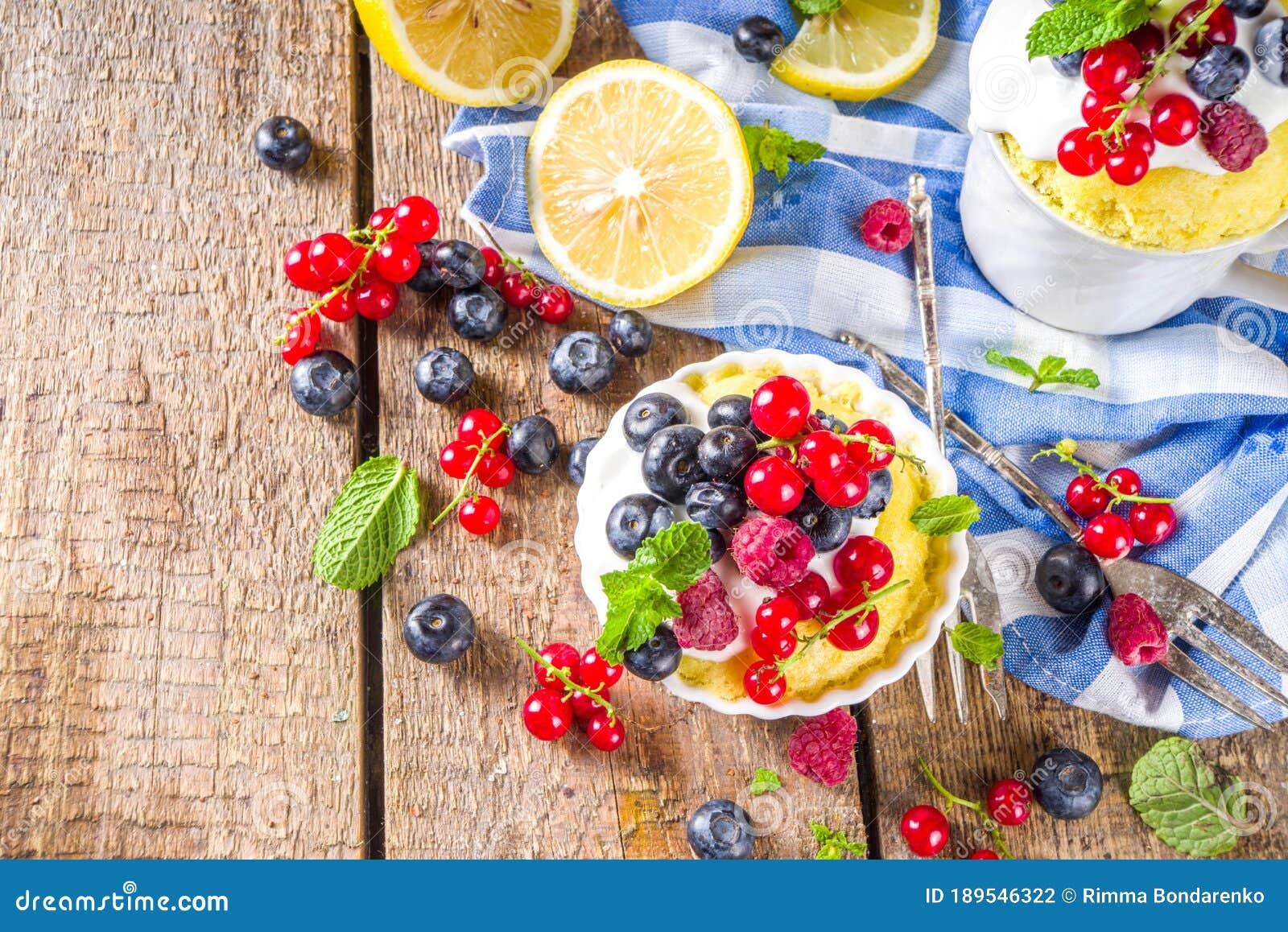 Lemon Mug Cake Stock Photo Image Of Meal Fast Mugcake 189546322