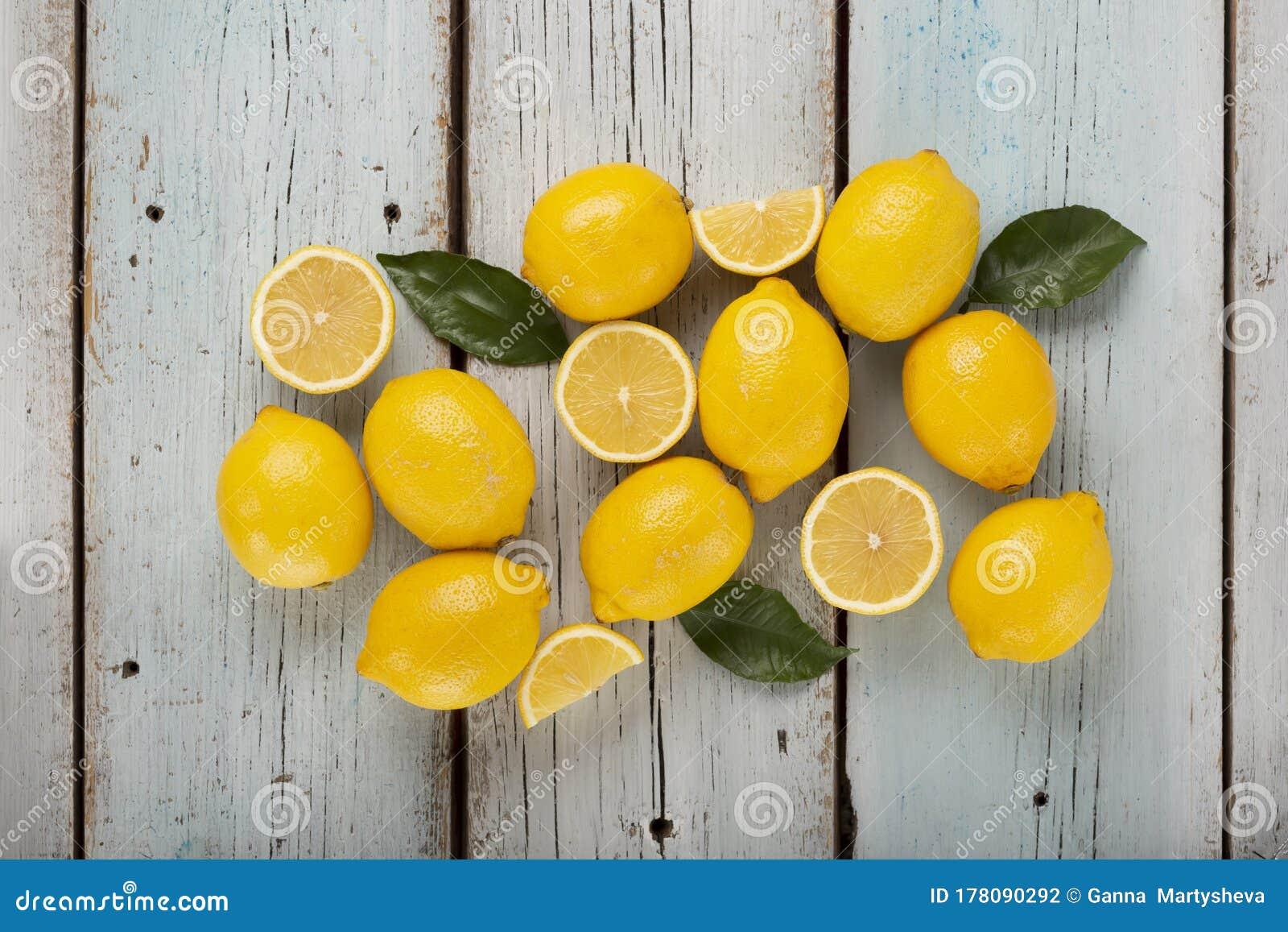 Lemons Wallpaper Clipart Watercolor Aesthetic Yellow Blue Lemon Stock Photo Image Of Green Flat 178090292