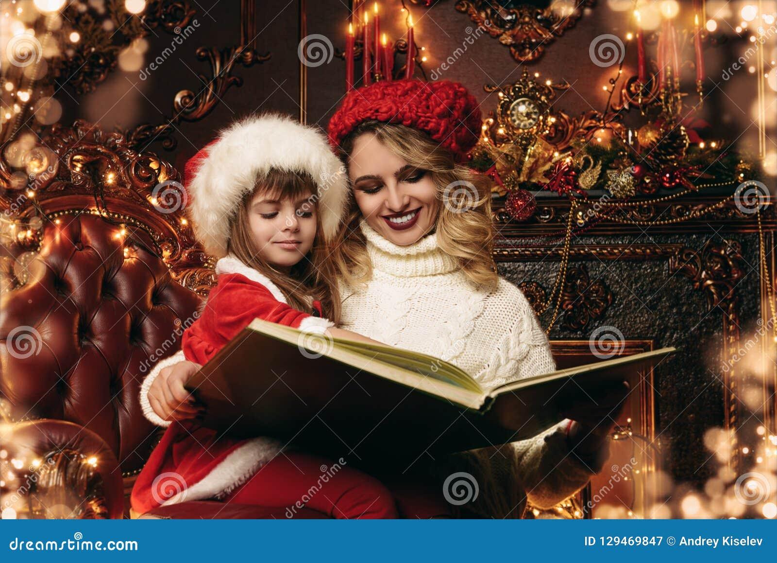 Lendo o conto do Natal