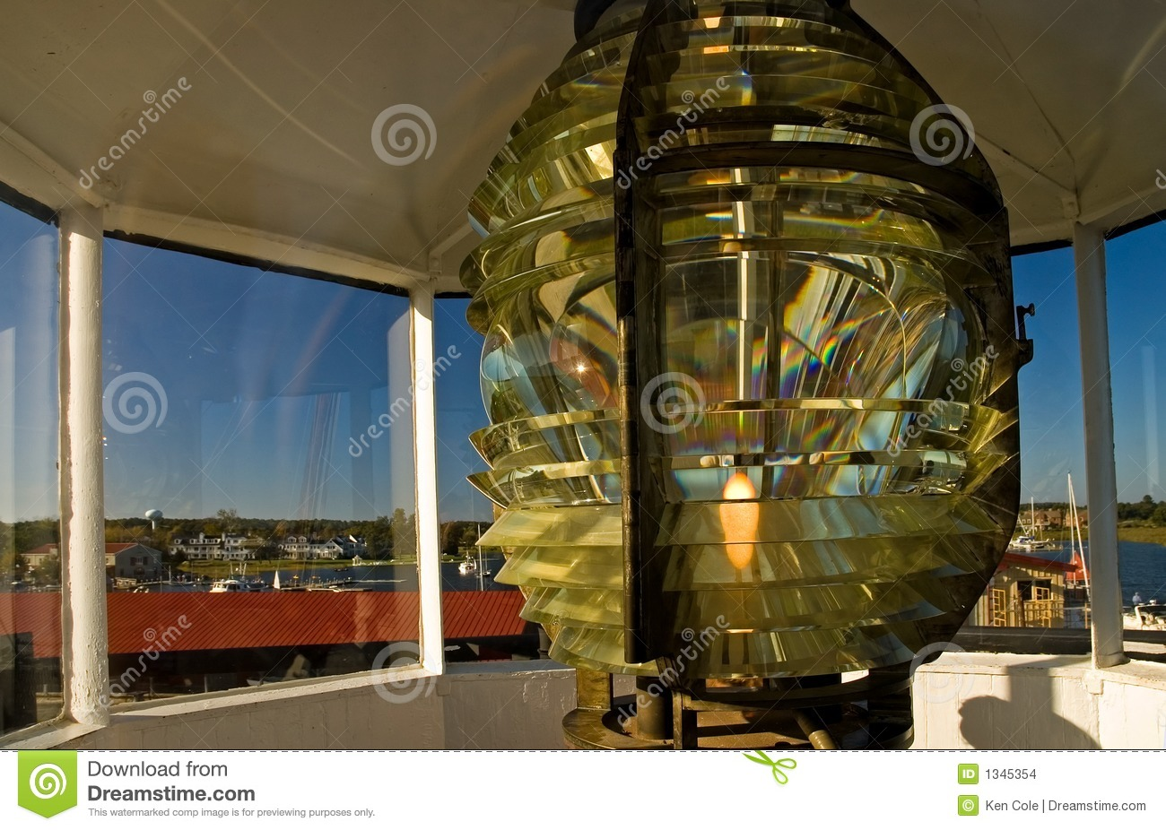 Lentille de phare de fresnel photo stock image du glace for Miroir de fresnel