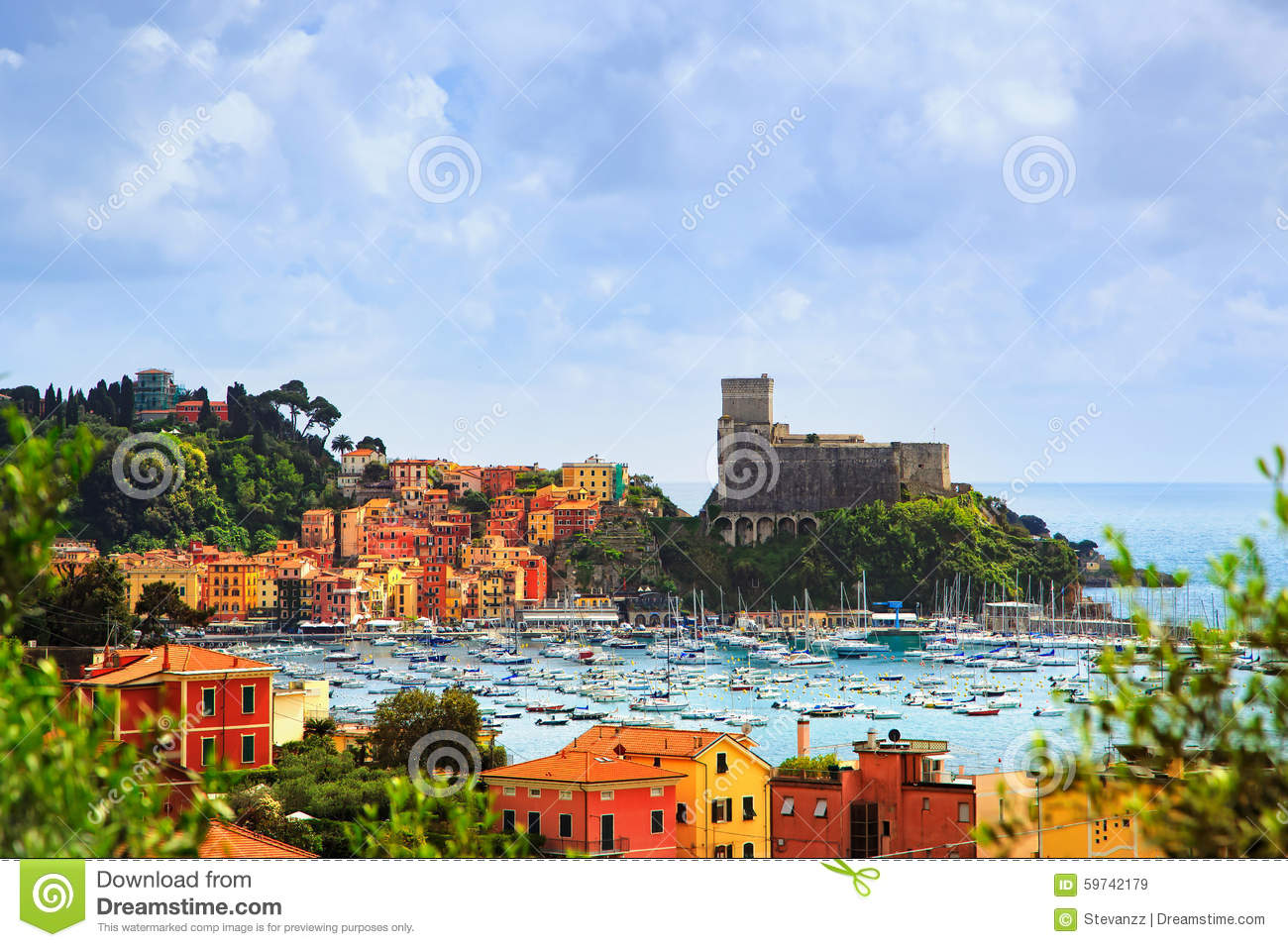 Lerici harbor and village cinque terre ligury italy for Fortress homes