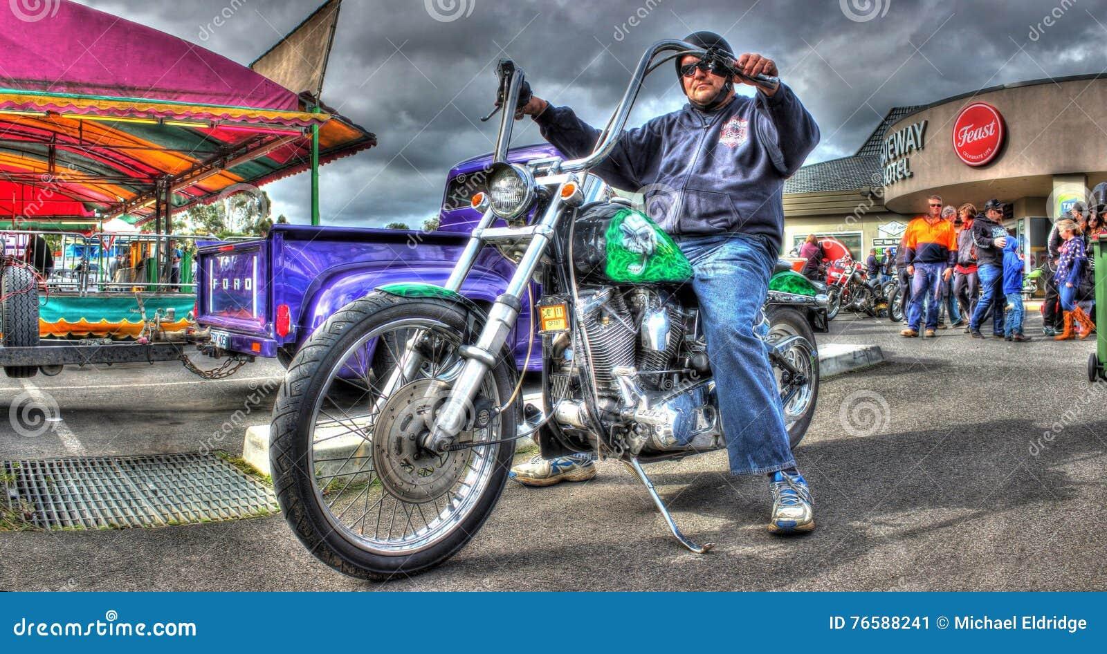 Les années 1980 peintes par coutume Harley Davidson Softail