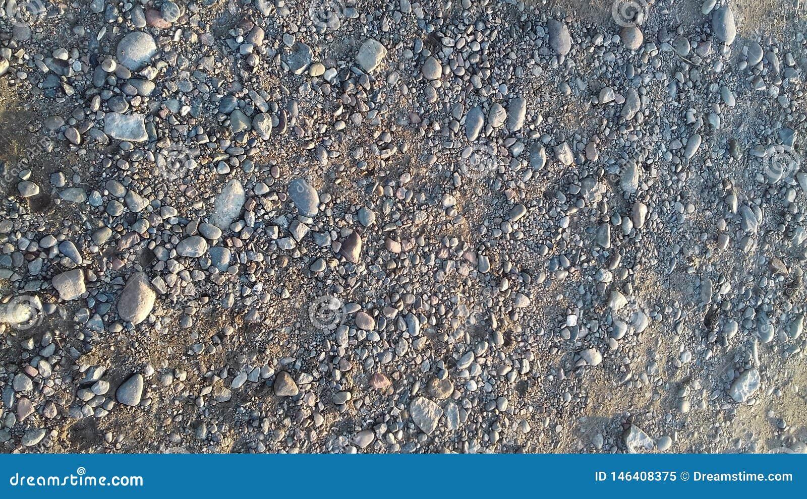 Les belles pierres de smoll sur la plage