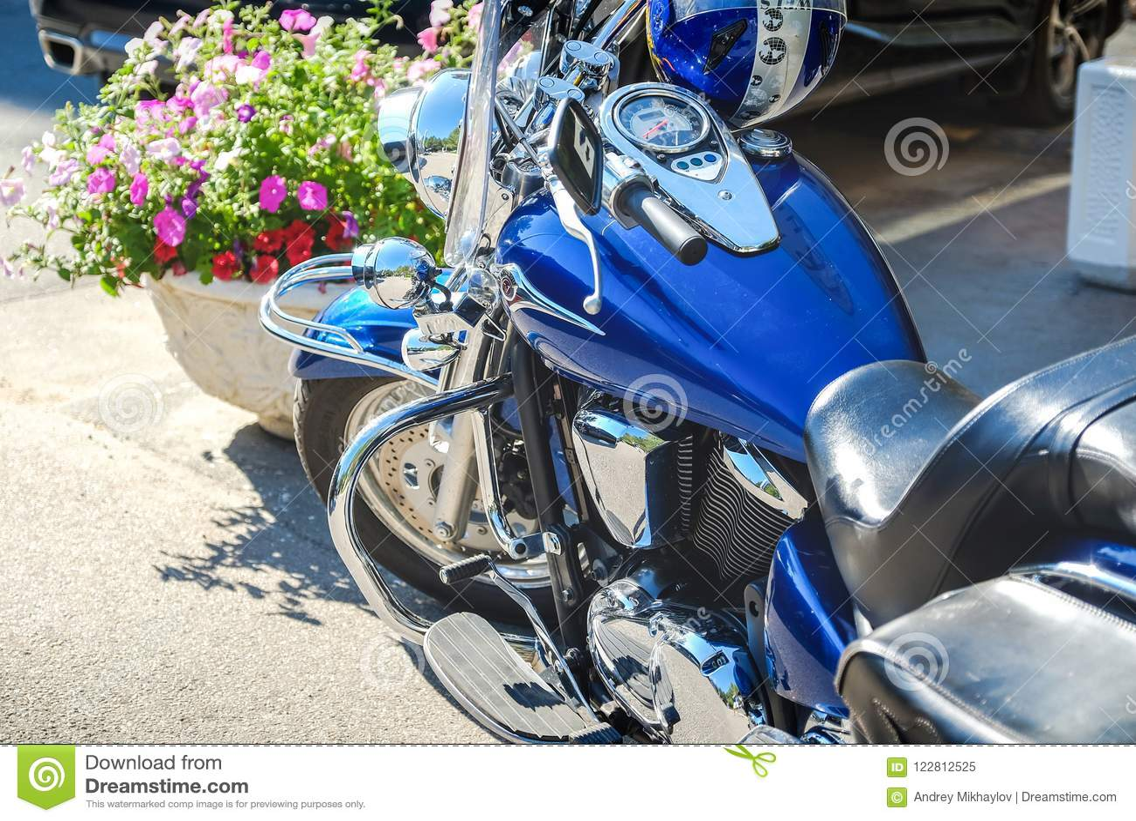 Les cavaliers aimeront Tir cultivé du tir des fourchettes de moto, du pneu et de la roue avant Circuit de freinage de disque sur