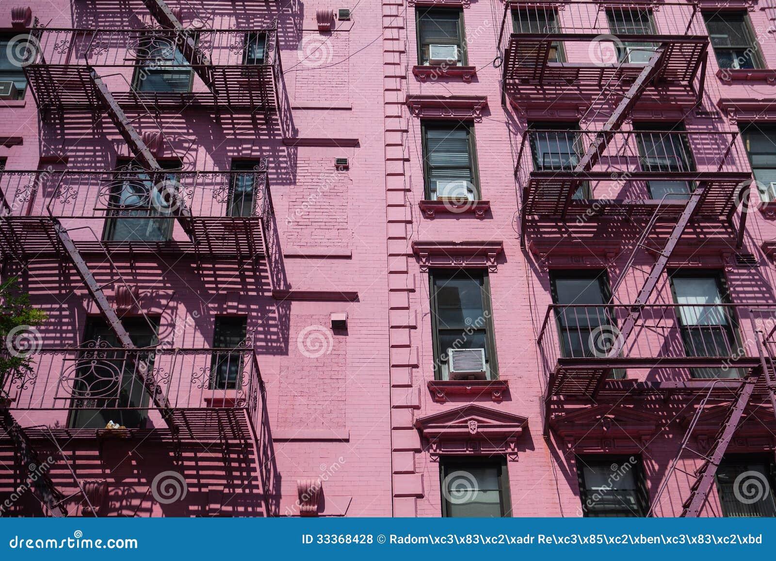 les escaliers du feu sur la vieille maison new york photos libres de droits image 33368428. Black Bedroom Furniture Sets. Home Design Ideas
