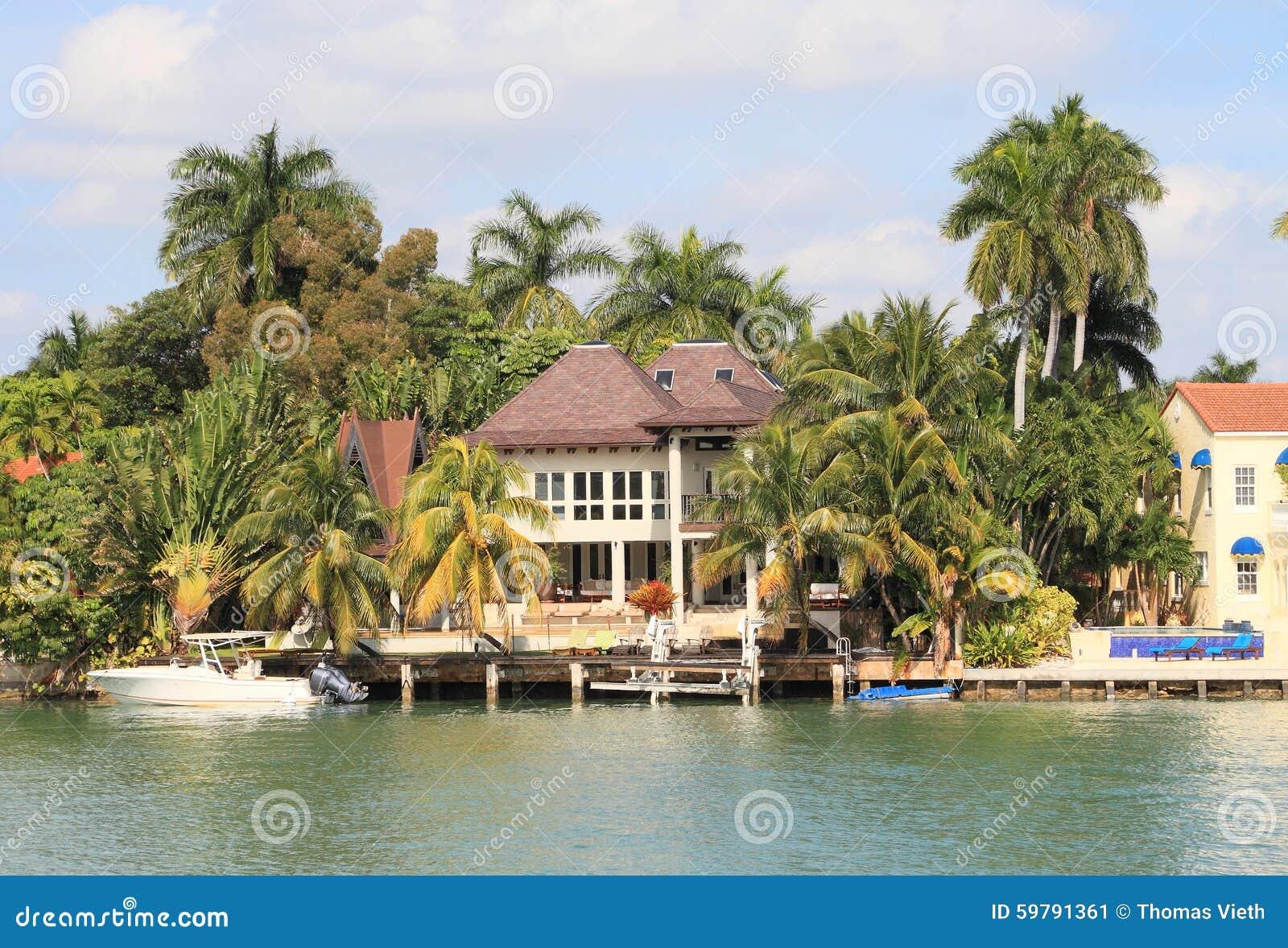 les etats-unis, la floride/miami : maison de bord de mer image stock