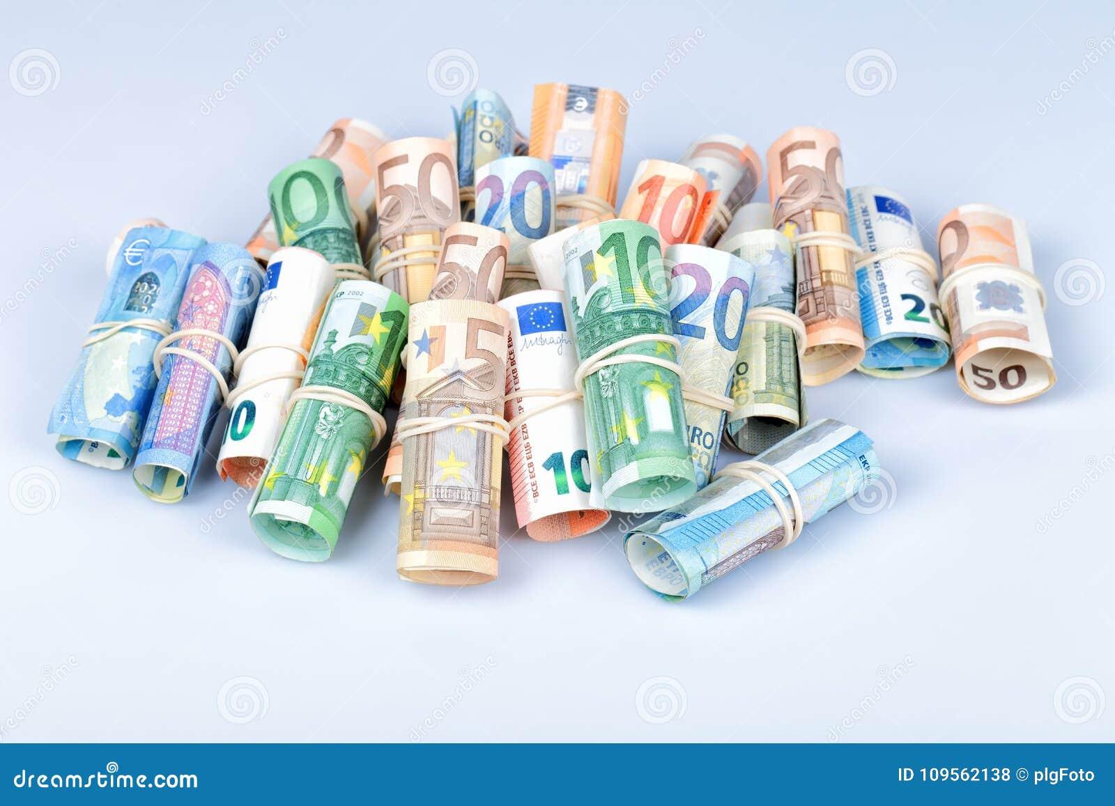 Les euro factures plus employées par des Européens sont ceux de 5 10 20 50