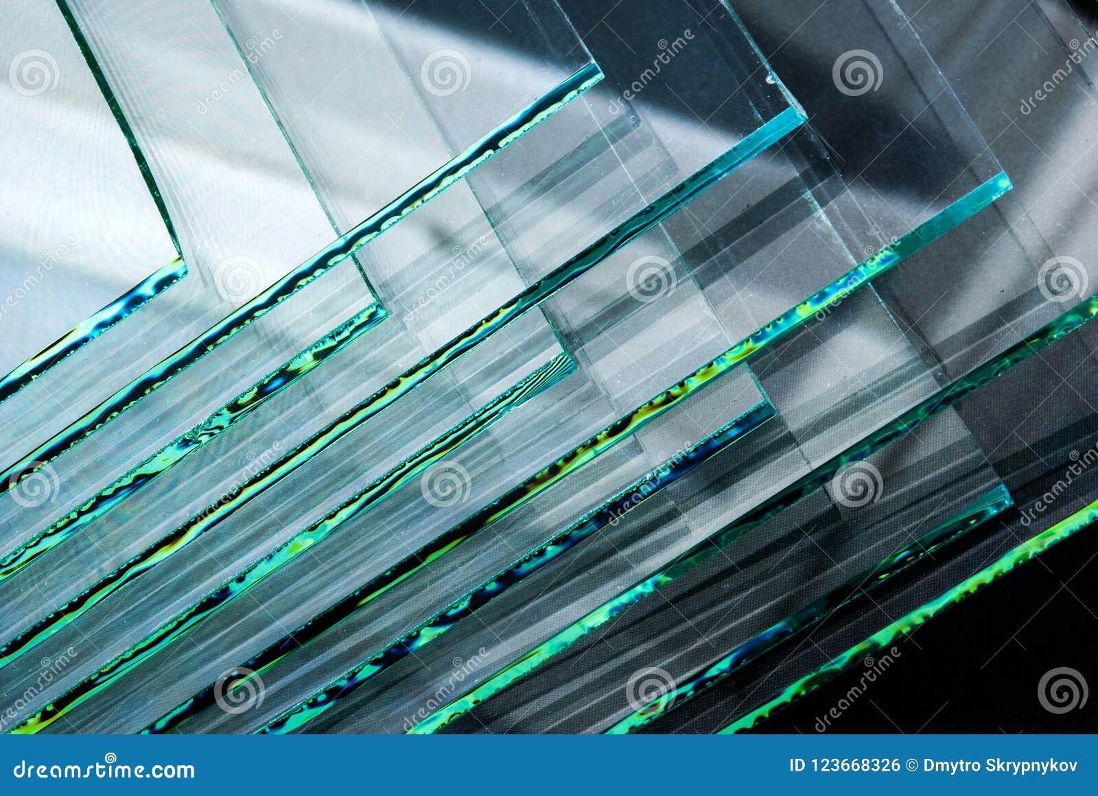 Les feuilles de panneaux clairs gâchés par fabrication en verre de flotteur d usine ont coupé pour classer