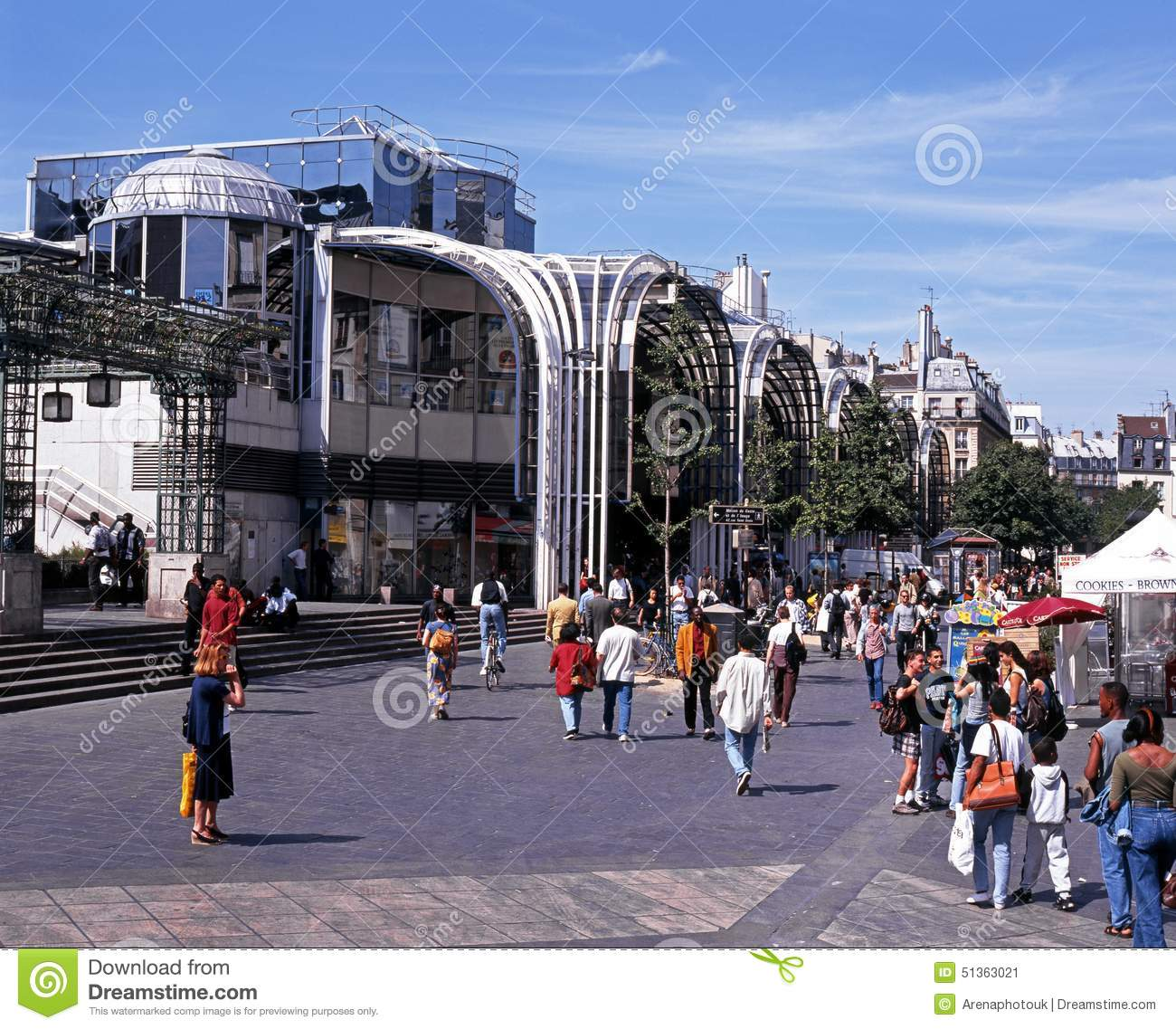 Les halles de paris shopping centre editorial photo image 51363021 - Les halles paris shopping ...