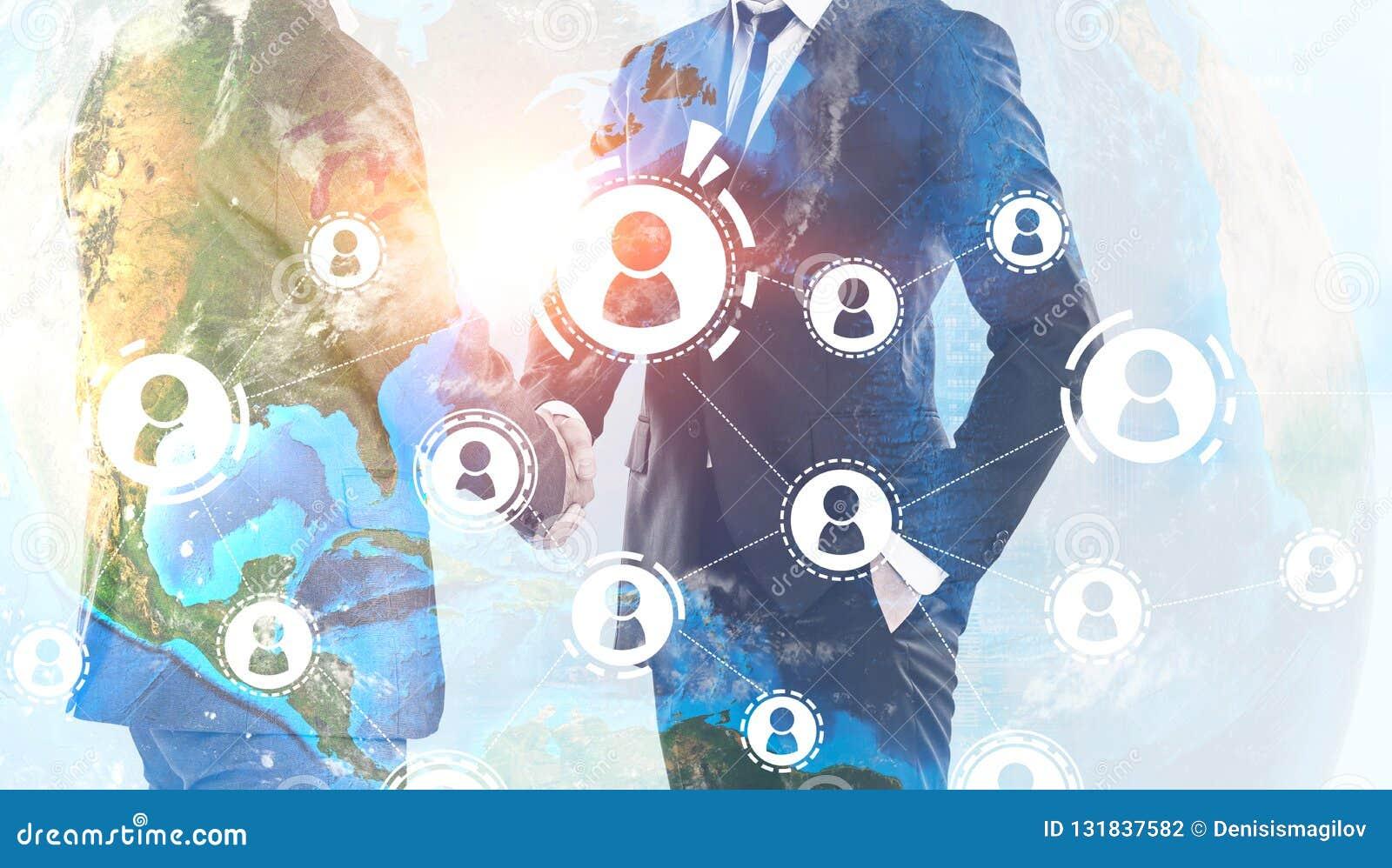 Les hommes se serrent la main, réseau global de personnes
