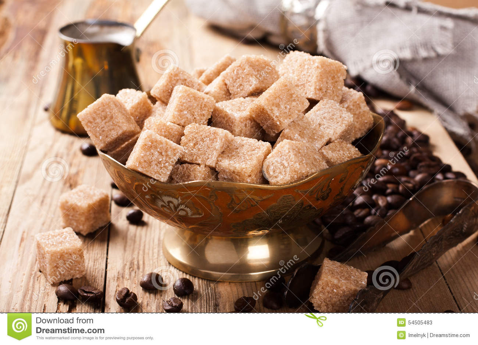 Les ingrédients et les ustensiles pour faire le café