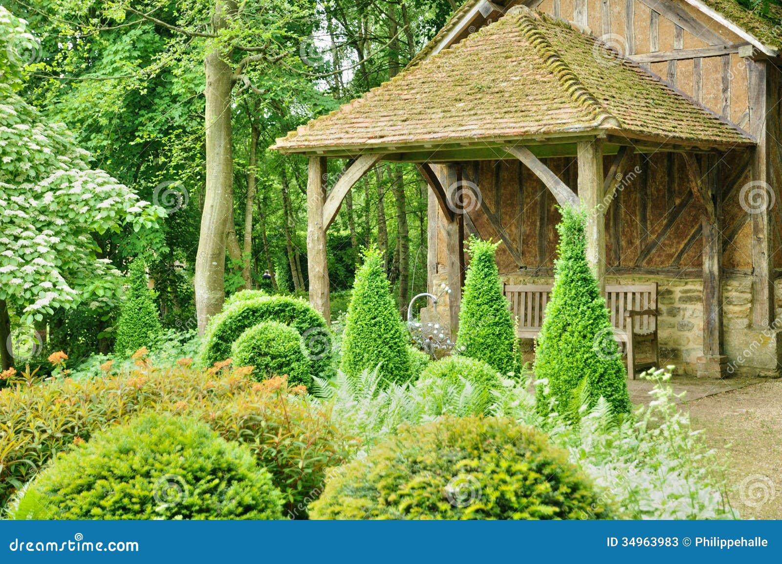 Les jardins du pays d auge in cambremer in normandie stock for Le journal du pays d auge