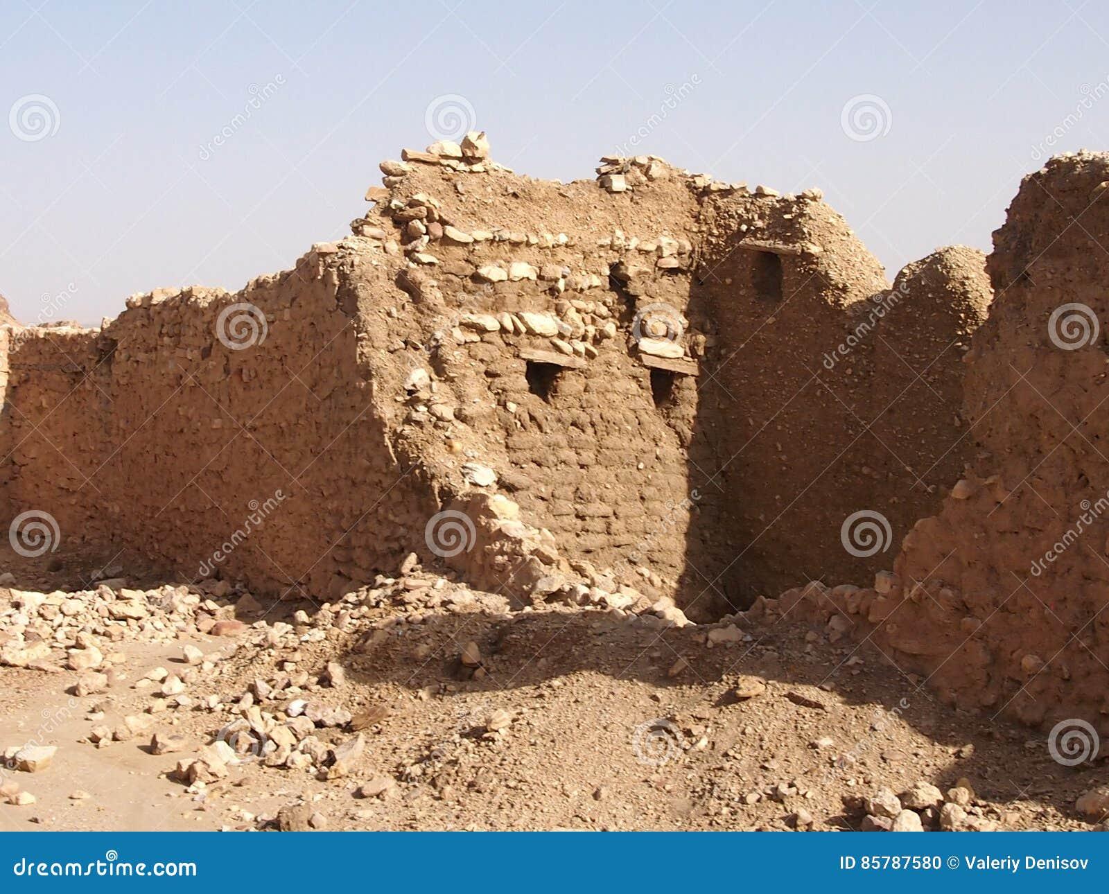 Les logements détruits des berbers