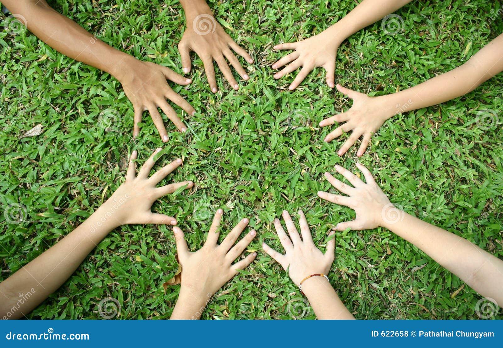 Les mains des enfants