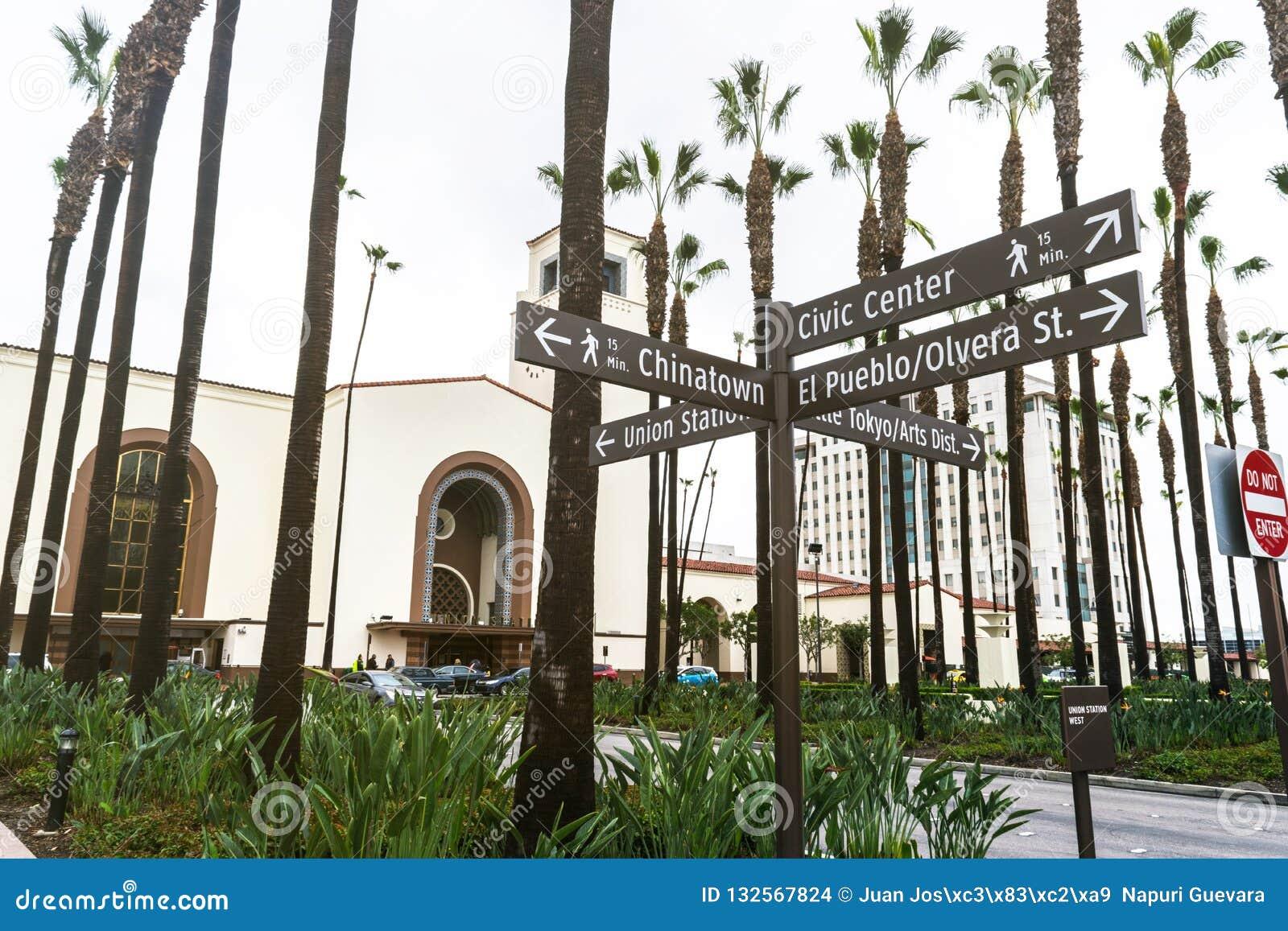 Les plaques de rue et à l arrière-plan est station des syndicats située à Los Angeles - Etats-Unis