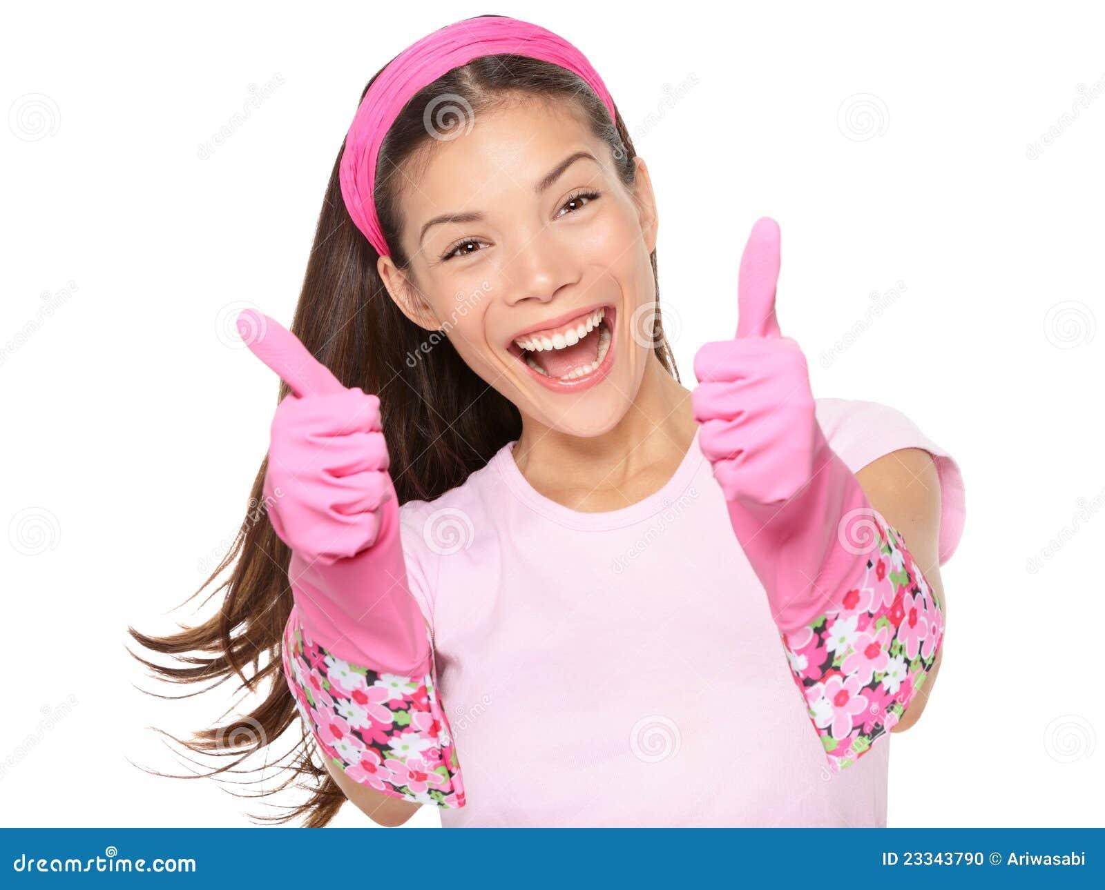 Les pouces de femme de nettoyage lèvent excited