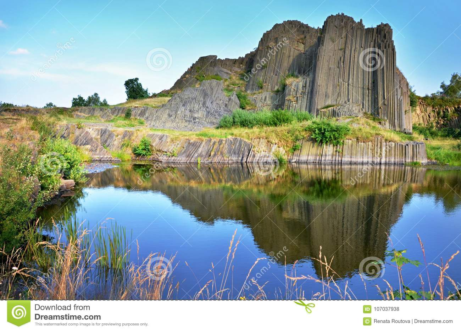 Les roches de basalte ont appelé l organe, République Tchèque