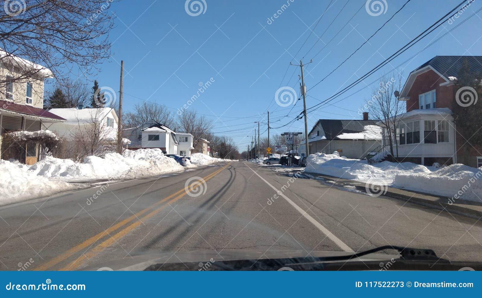 Les rues du Québec en hiver