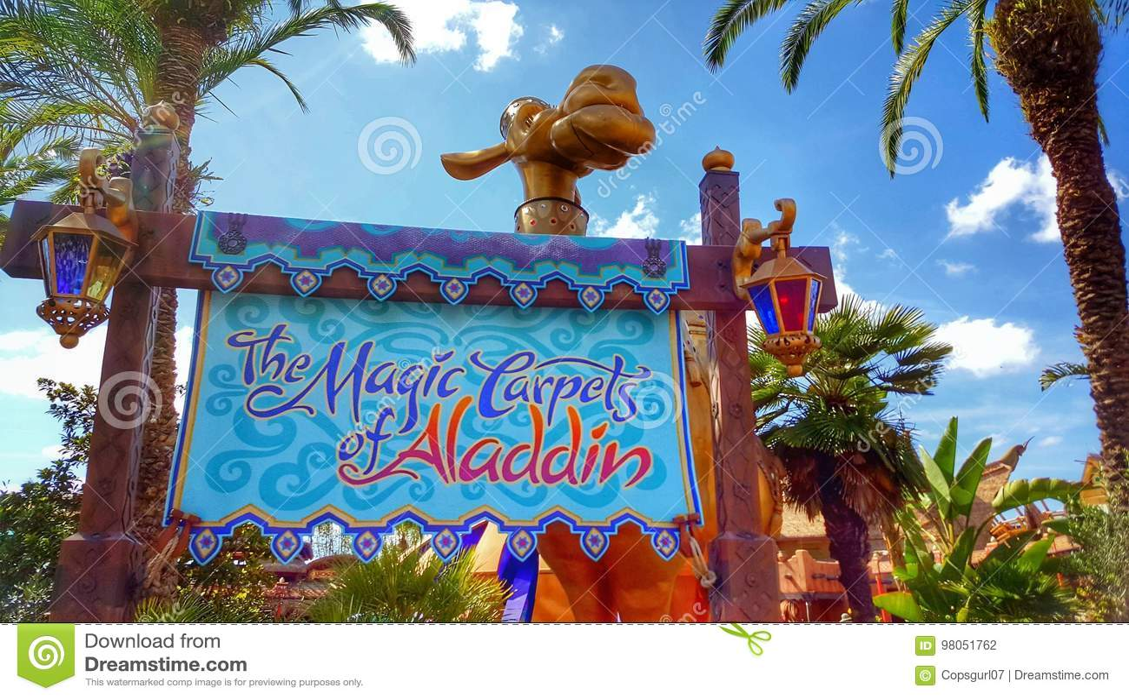 Les Tapis Magiques D Aladdin Sign Au Royaume Magique Photographie
