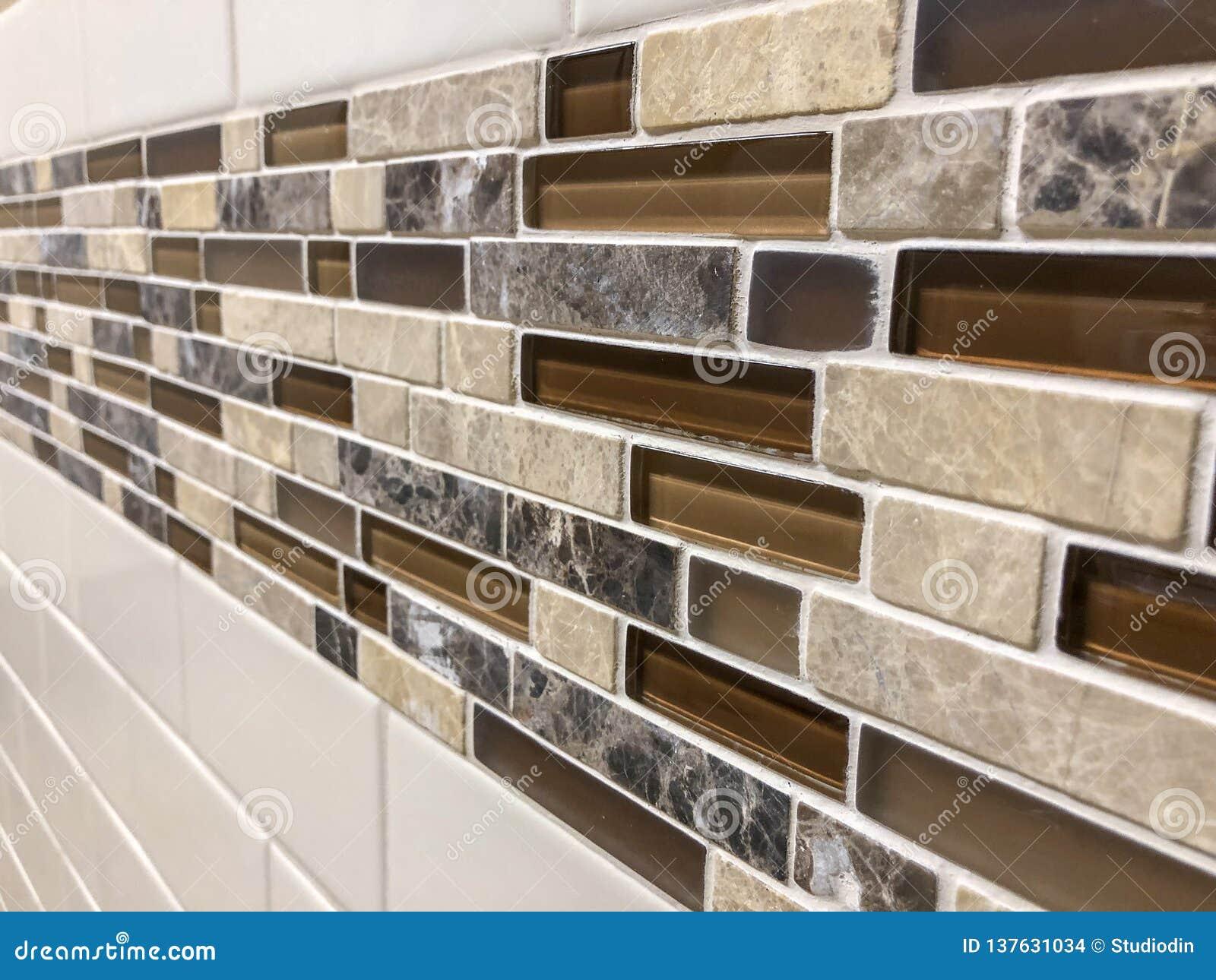 Decoration De Mur De Cuisine les tuiles de mosaïque ont fait du verre et de la pierre