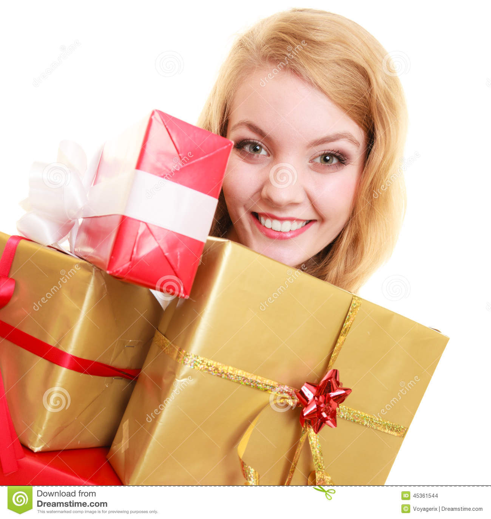 Les vacances aiment le concept de bonheur - fille avec des boîte-cadeau