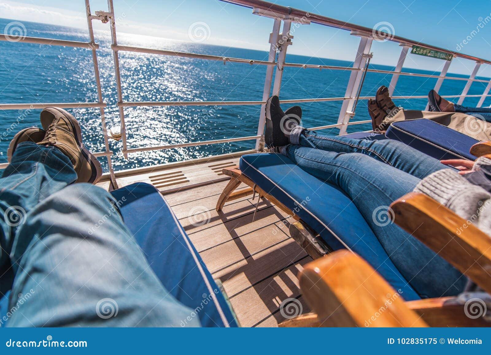 Les vacances de bateau de croisière détendent