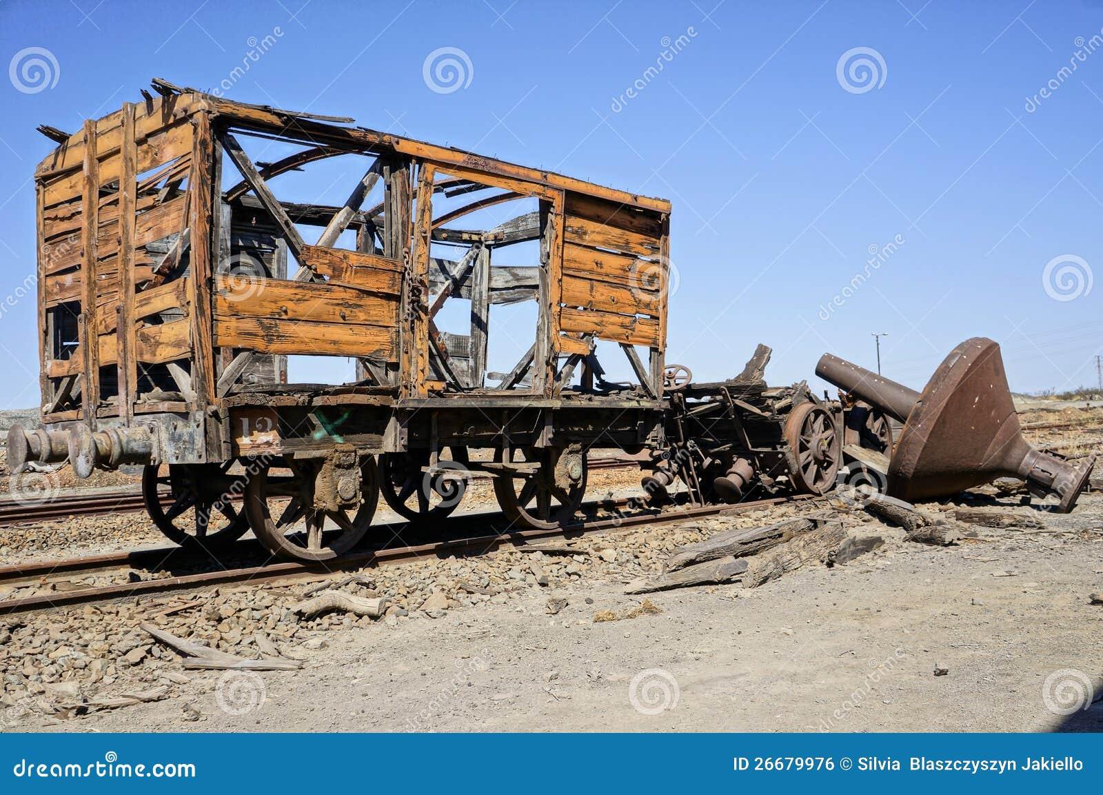 Les vieux équipements transportent le chariot.