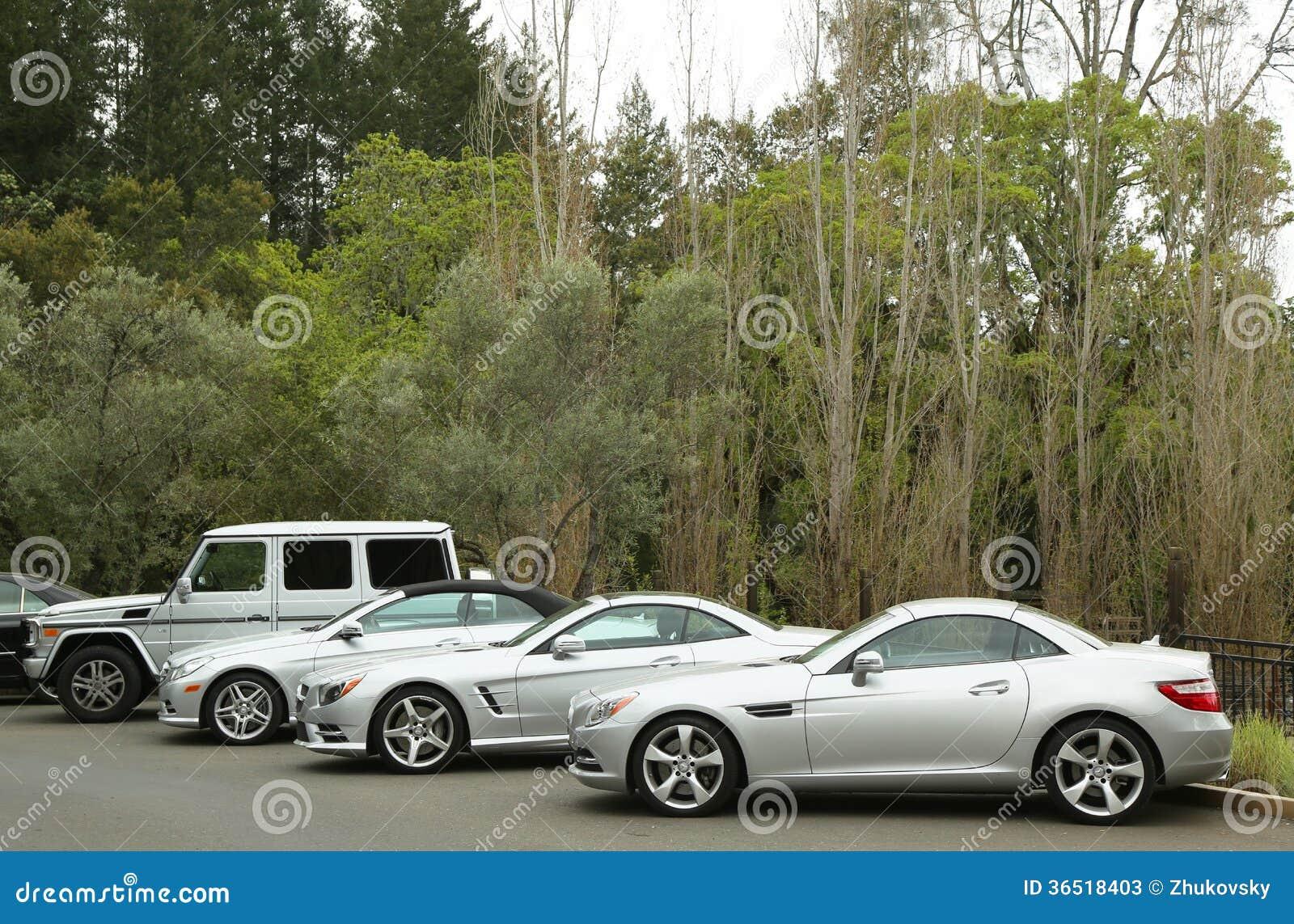 Les voitures de Mercedes-Benz ont présenté en tant qu élément de Mercedes-Benz Drive Program dans l hôtel de Meadowood dans Île Sa