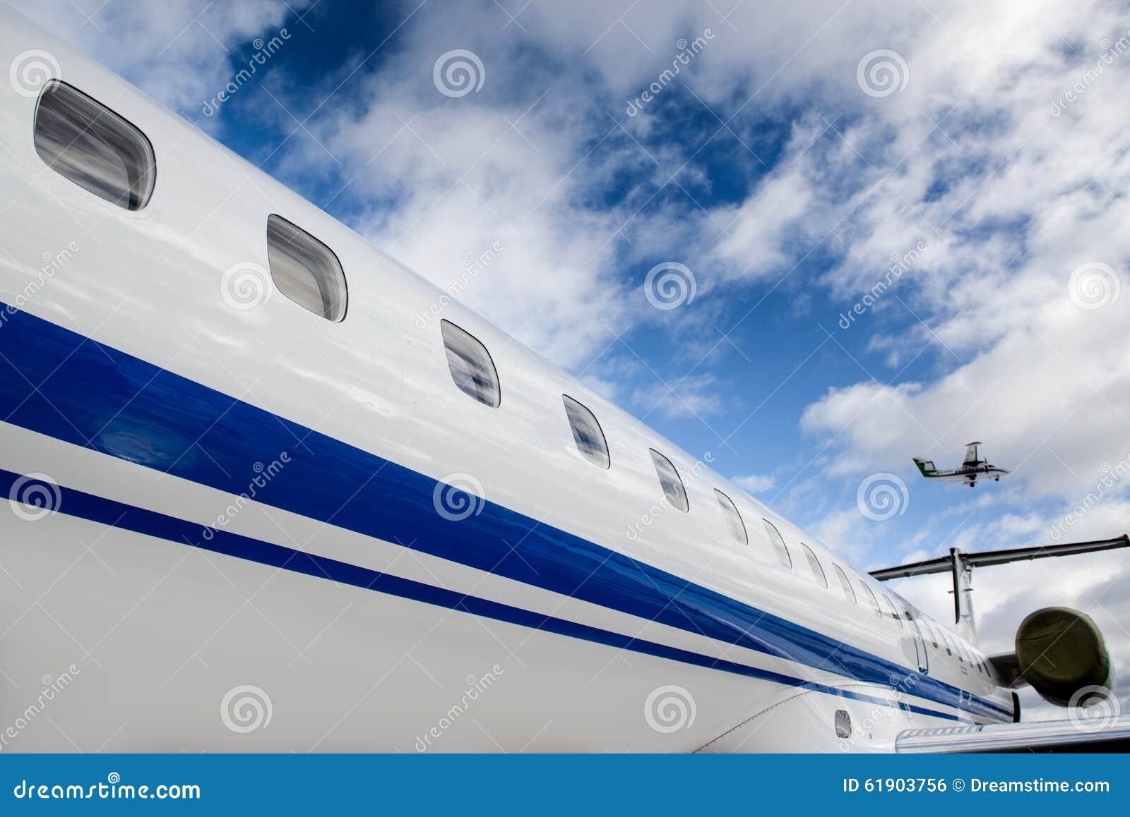 Let l-410 and Embraer ERJ 145