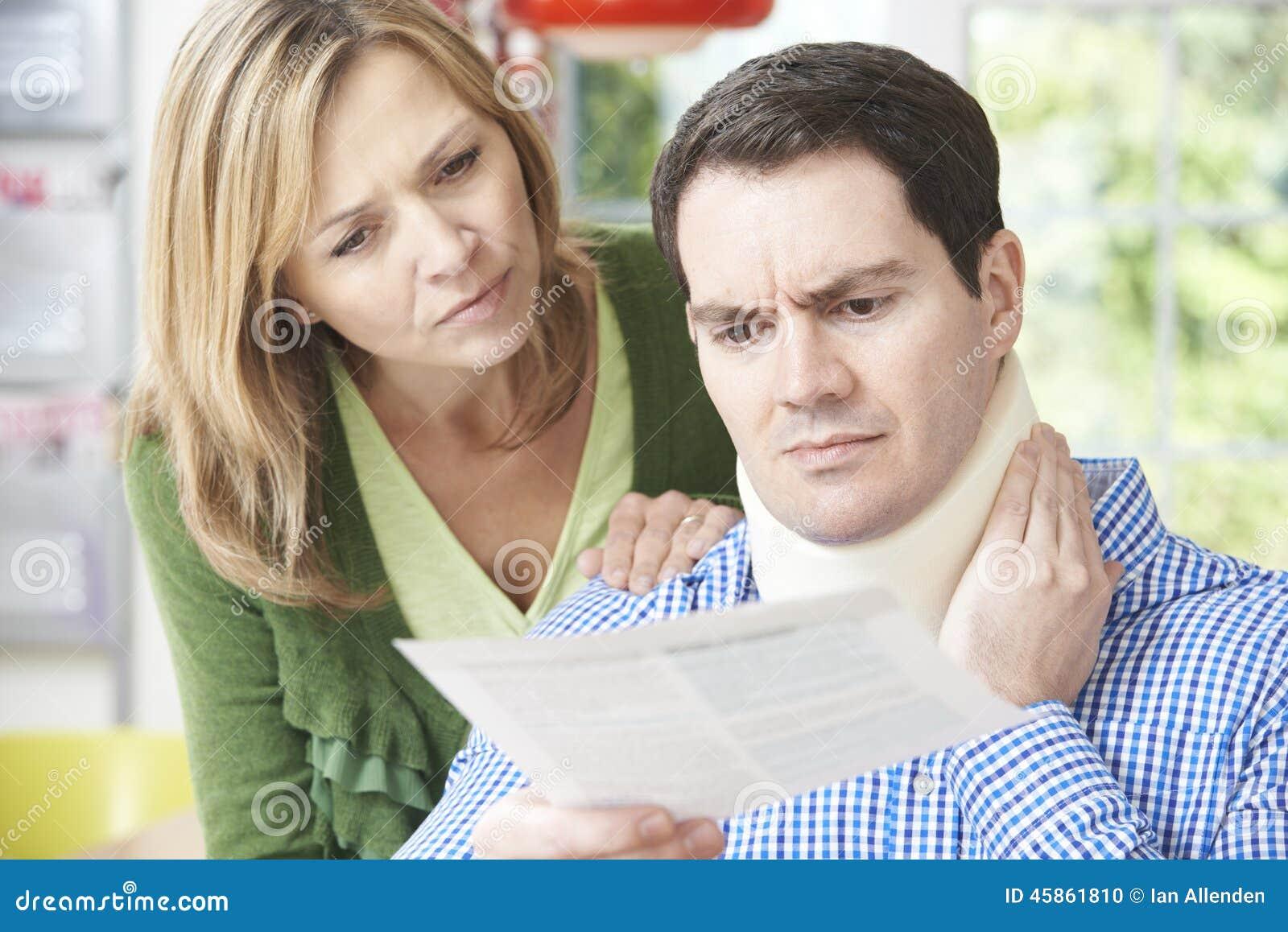 Letra de la lectura de los pares por lo que se refiere a lesión del cuello del marido