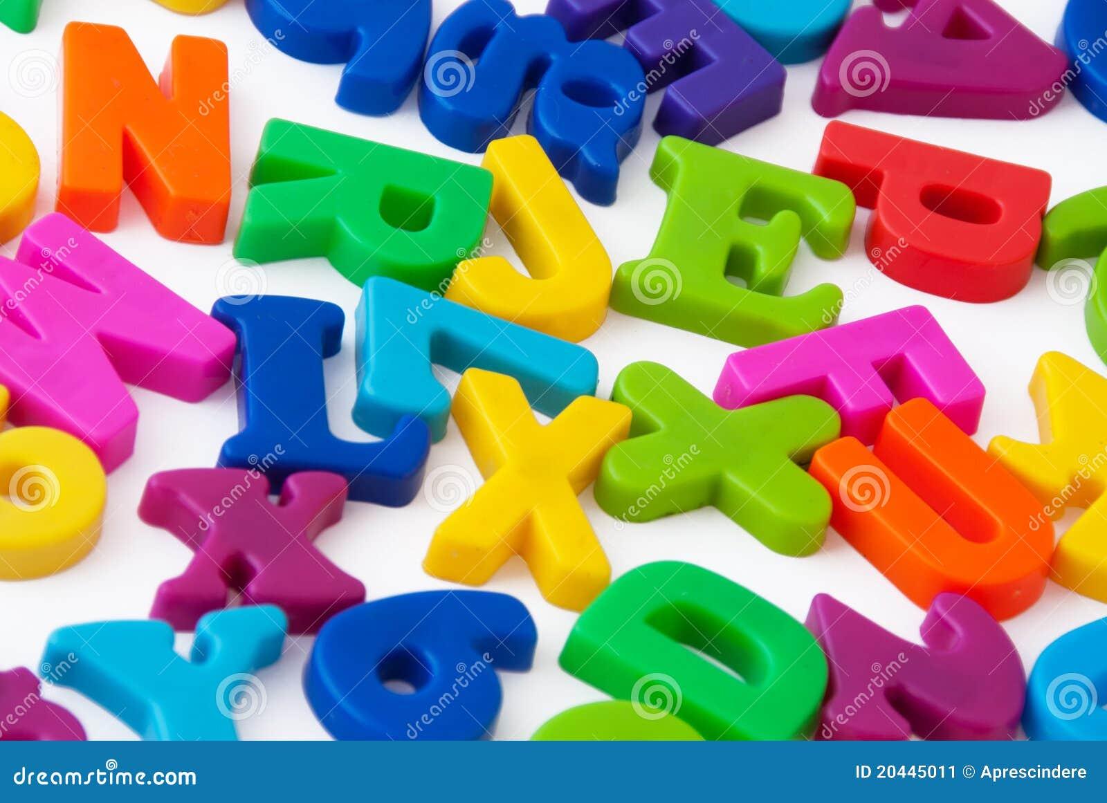 Lettere magnetiche di alfabeto
