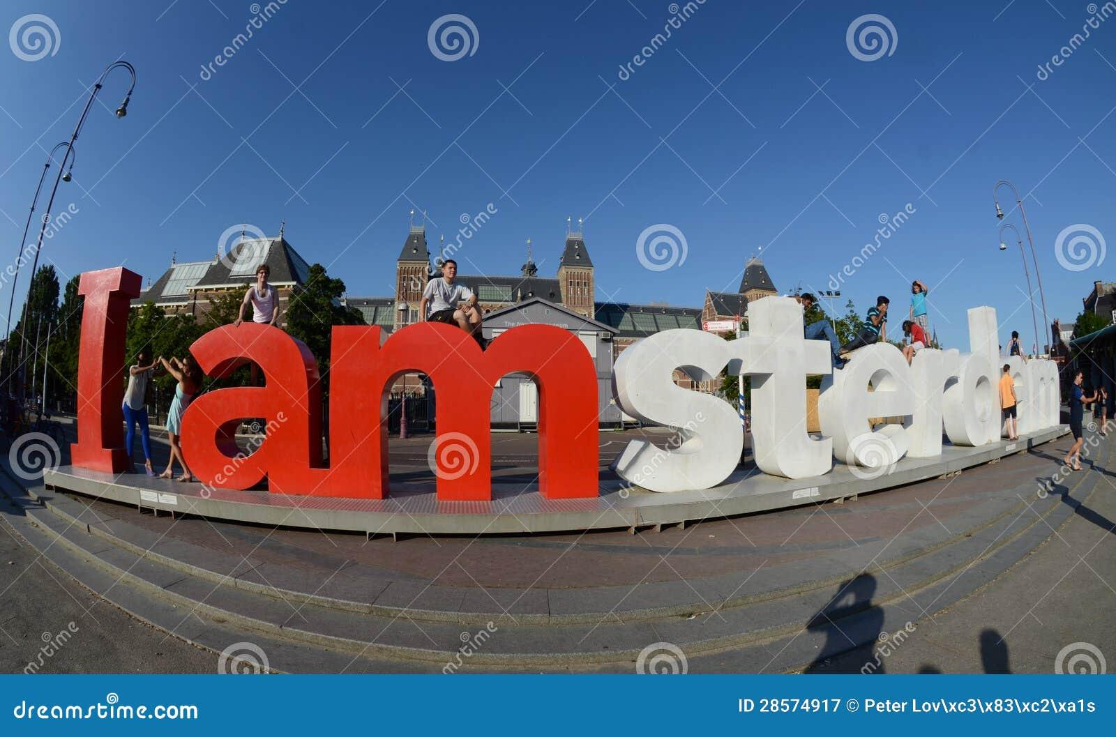 Lettere rosse nella sosta nel centro di amsterdam for Centro di amsterdam