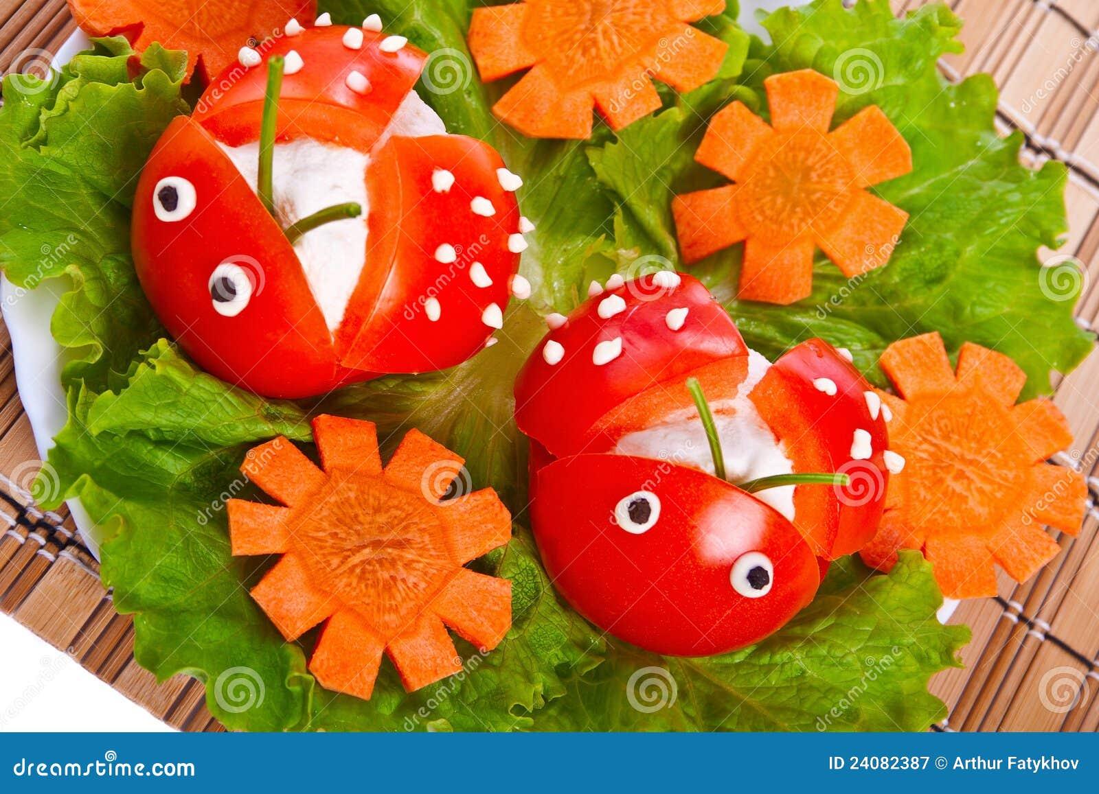 Как сделать из помидоров божьих коровок фото