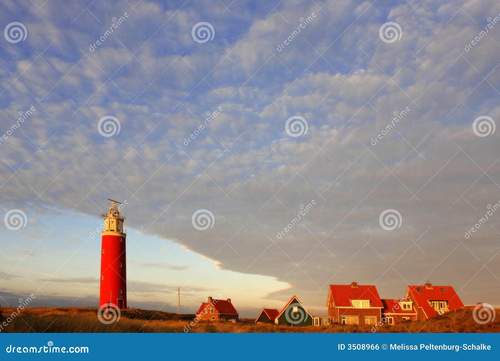 Leuchtturm am Sonnenuntergang