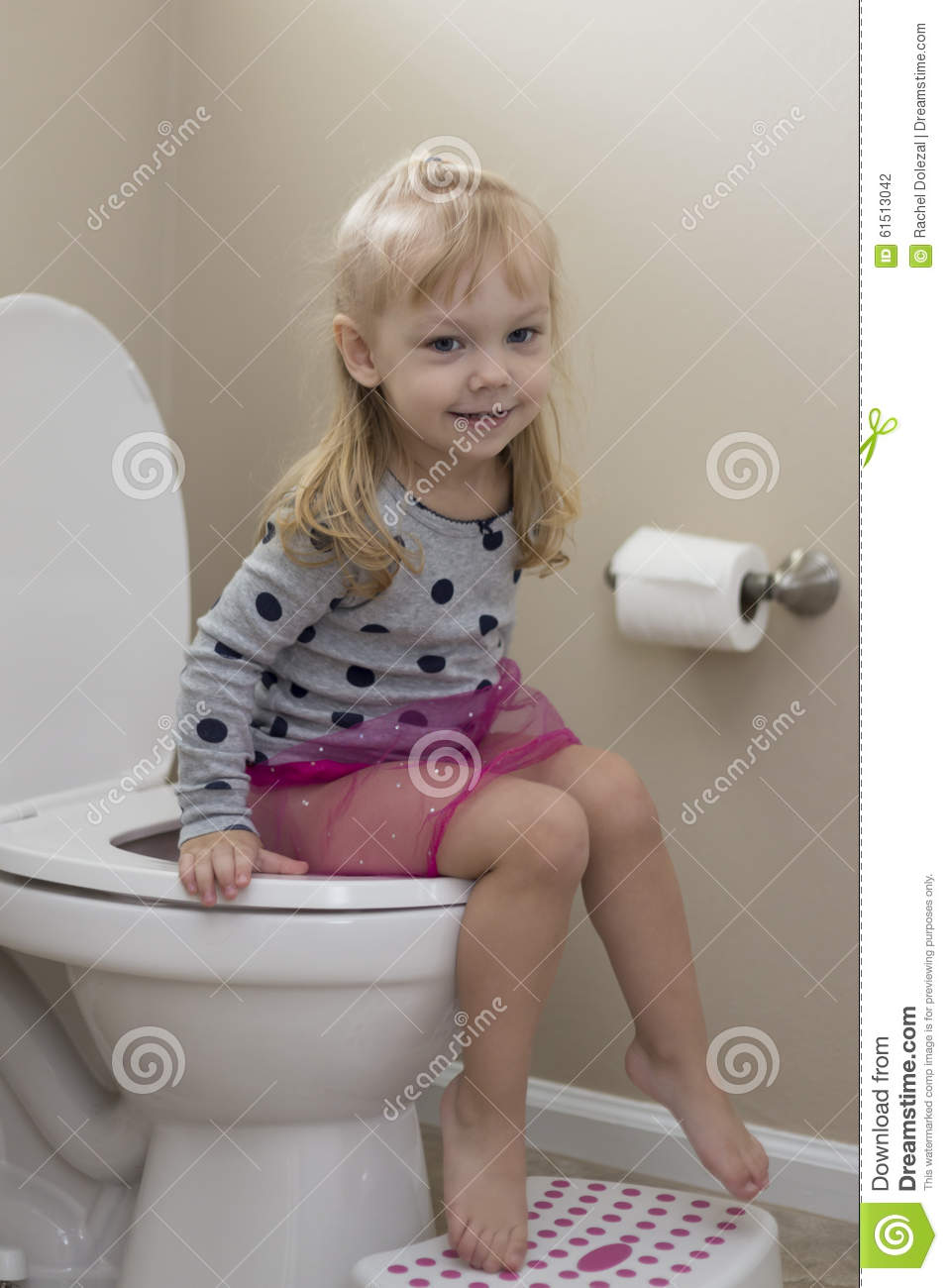 Little girl nude toilet, hottest naked women of canada
