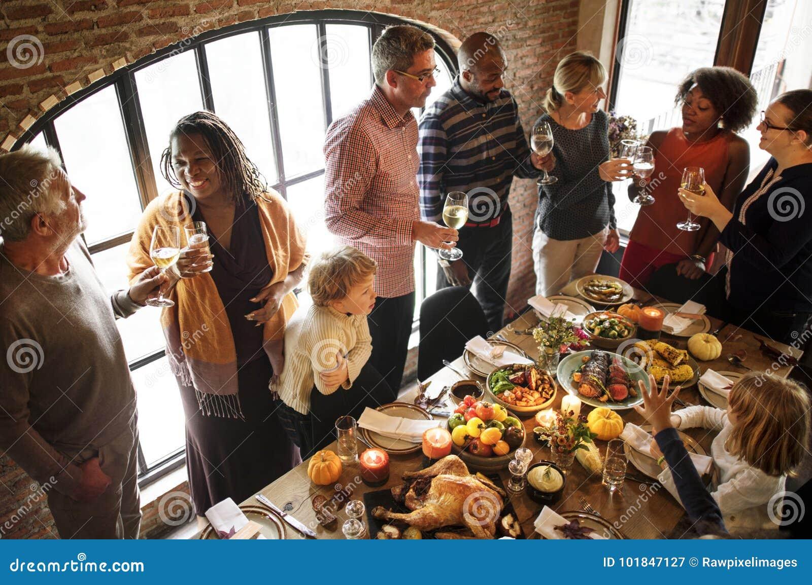 Leute feiern Danksagungstag