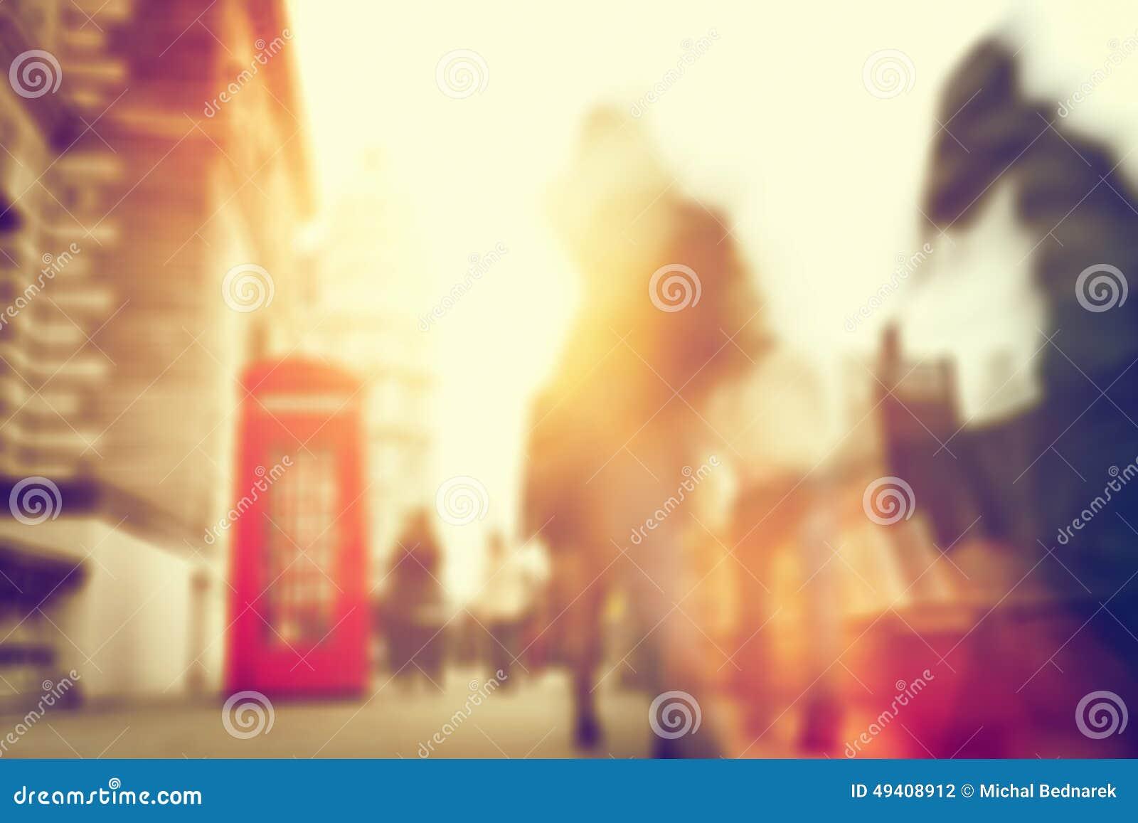 Download Leuteeile Auf Einer Verkehrsreichen Straße Von London Unschärfe, Defocused Stockfoto - Bild von london, masse: 49408912
