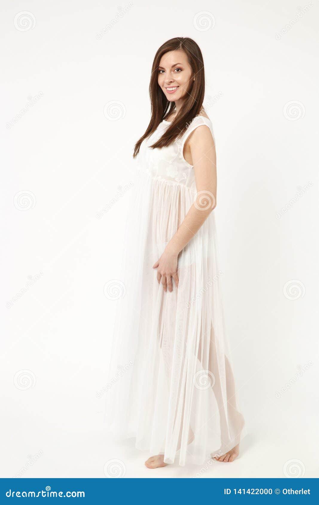 Levantamento vestindo do vestido do vestido de noite da mulher completa do modelo de forma da foto do comprimento isolado no estú