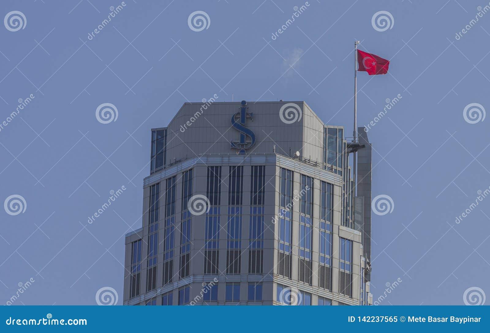 Levent Besiktas, Istanbul/Turkiet - Feburary 17th, 2019: Bästa golv av högkvarteren av Isbank på Levent med logo