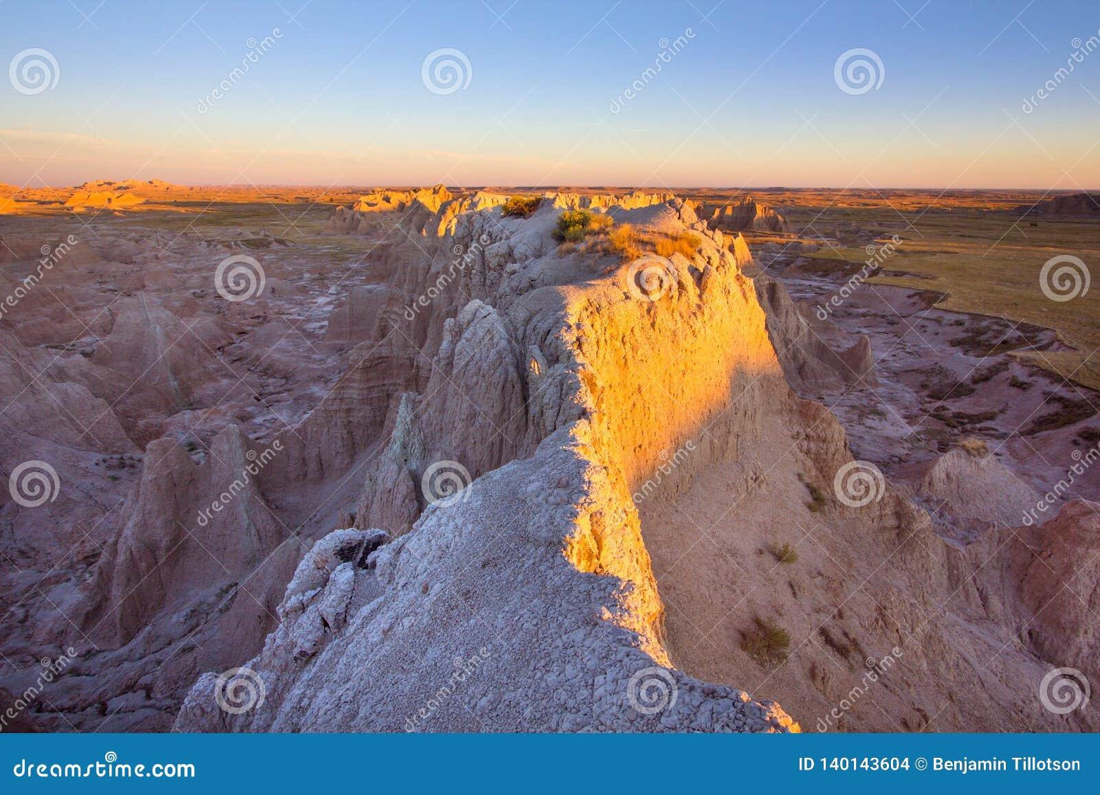 Lever de soleil au parc national de bad-lands