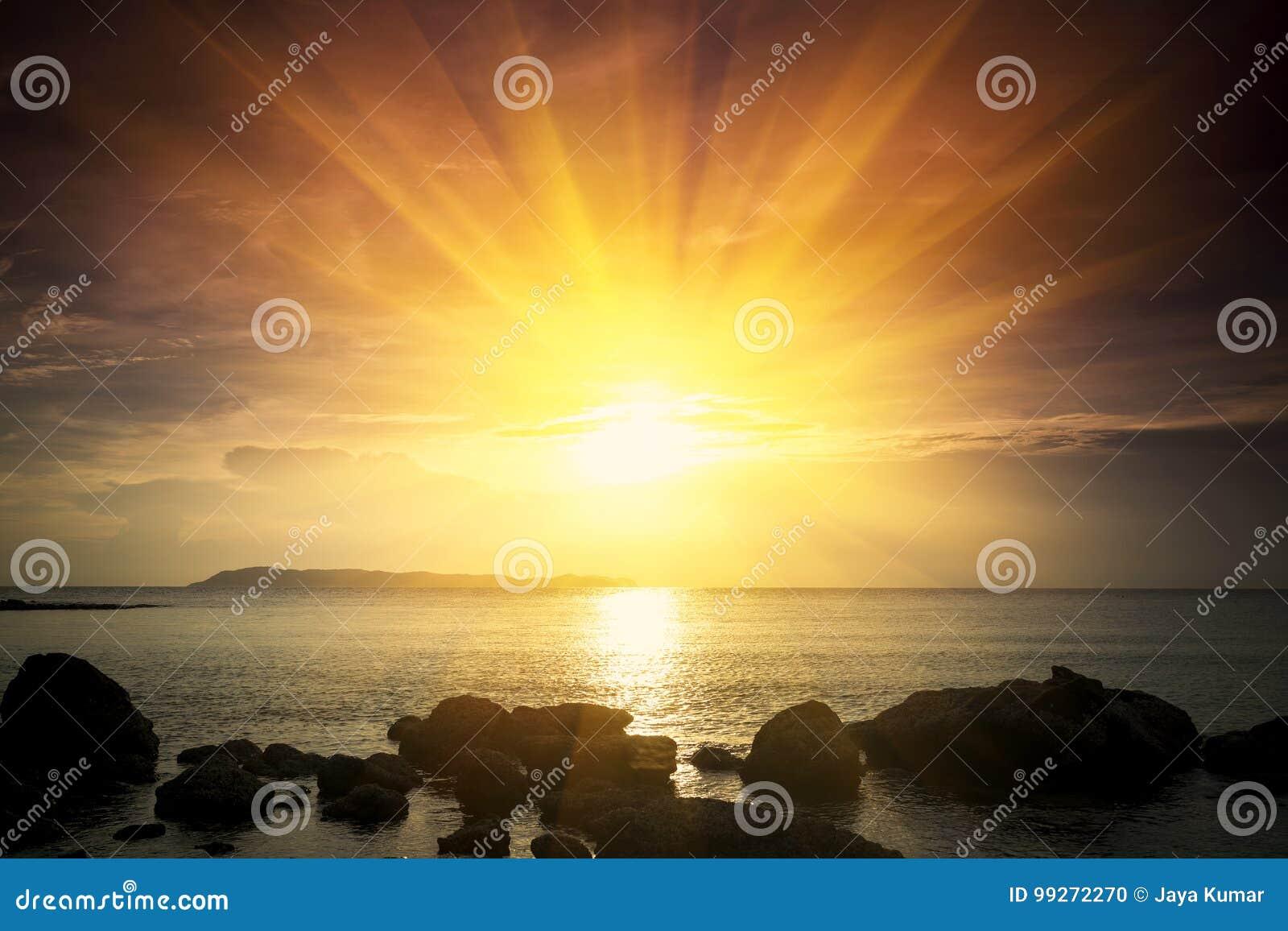 Lever de soleil d or