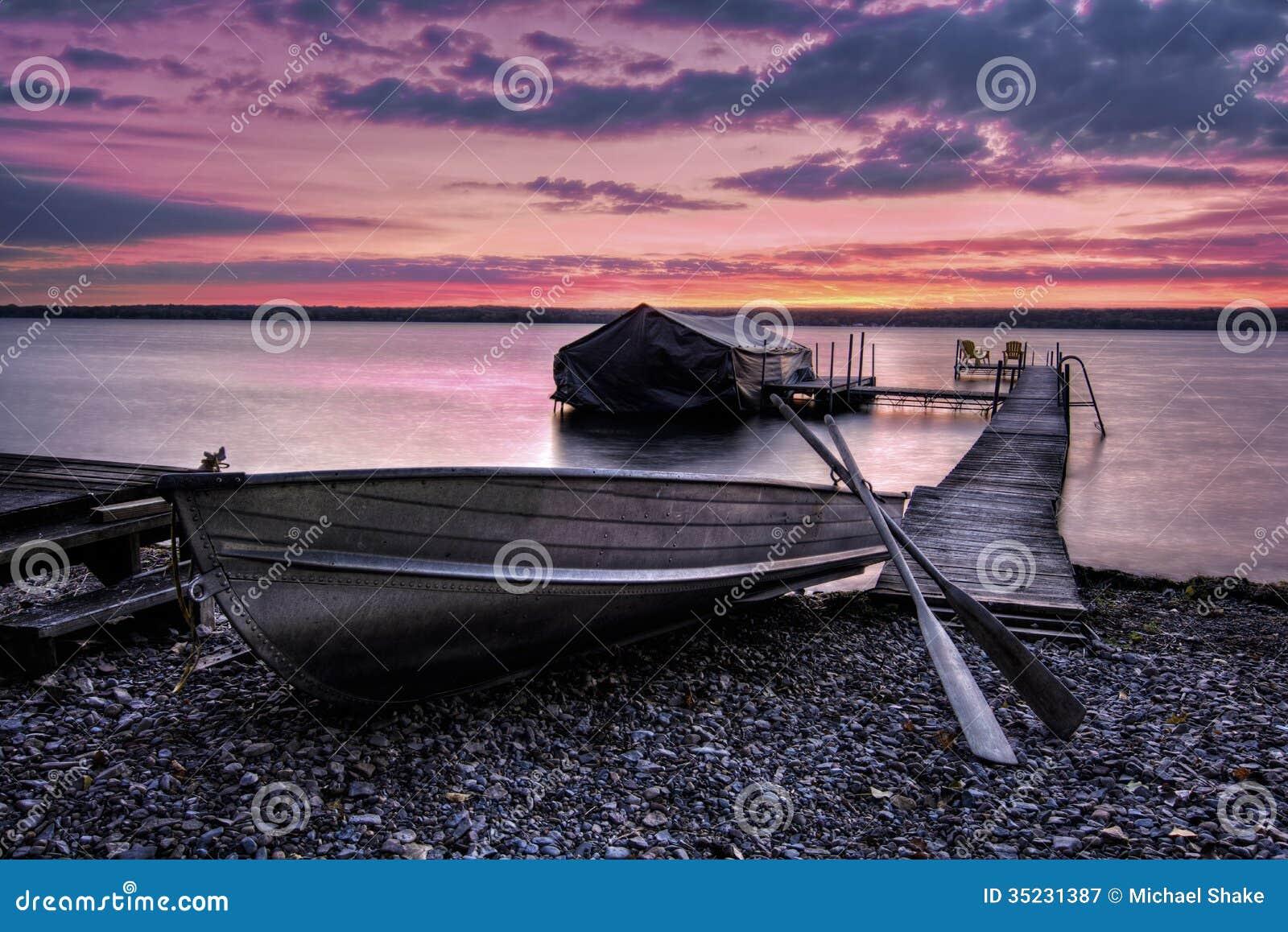 Lever de soleil de Cayuga de lac