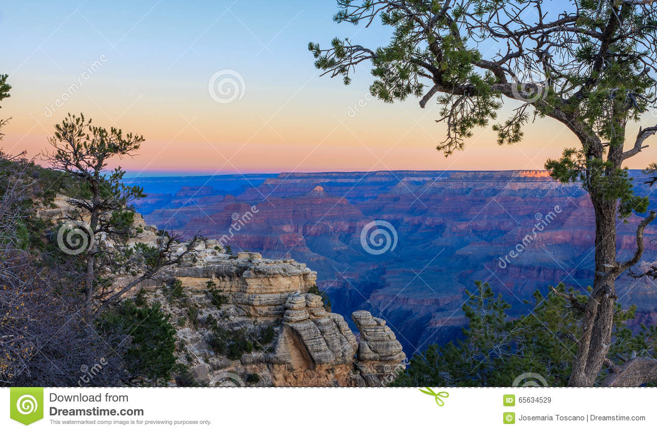 Lever de soleil de Grand Canyon de Mather Point