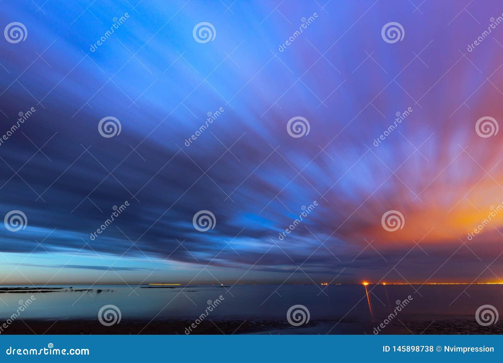 Lever de soleil mobile de ciel