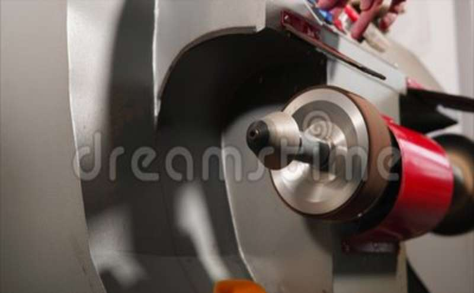 79eace117b Levigatrice Funzionante Su Una Fabbricazione Della Pelletteria Stock  Footage - Video di lavoro, sacchetto: 103015322