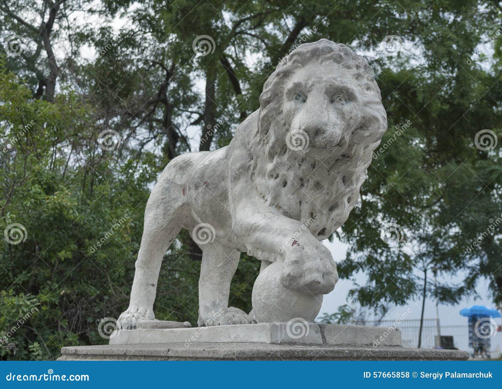 Lew statua w Odessa, Ukraina