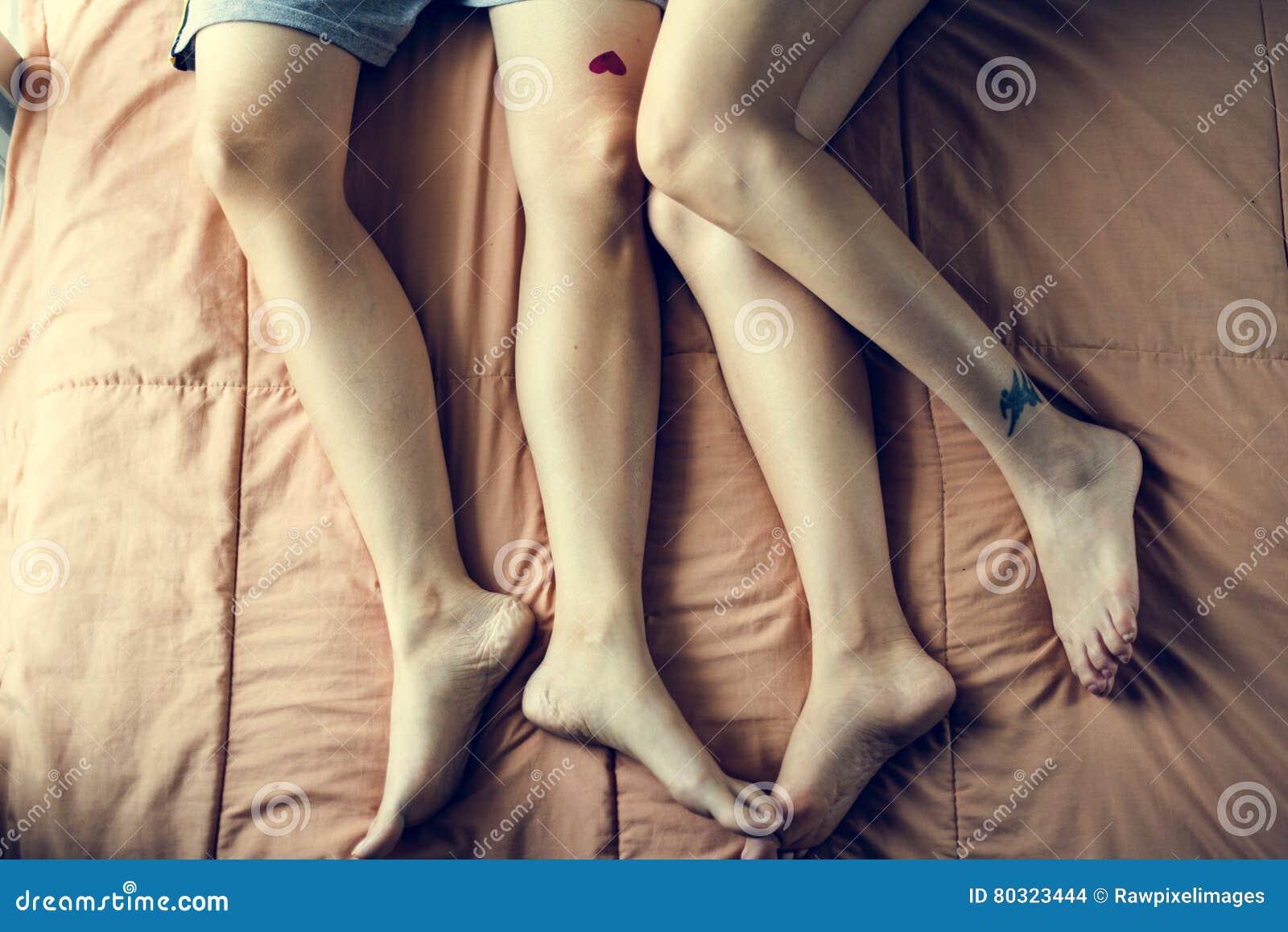 Foot leg lesbian