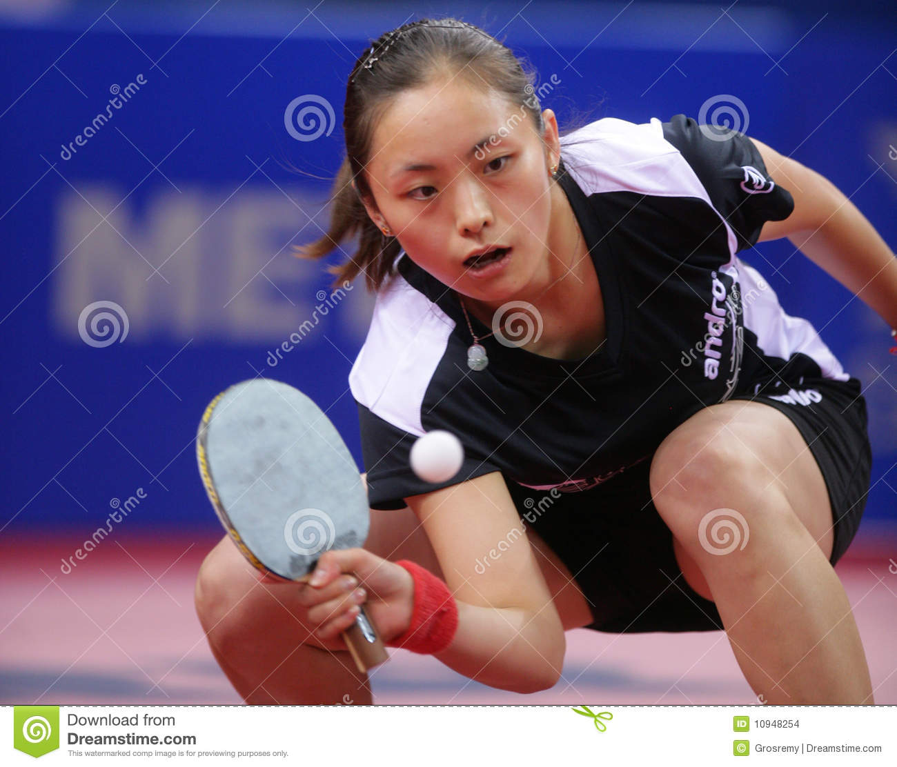 Forum on this topic: Michelle Clunie, li-qian/